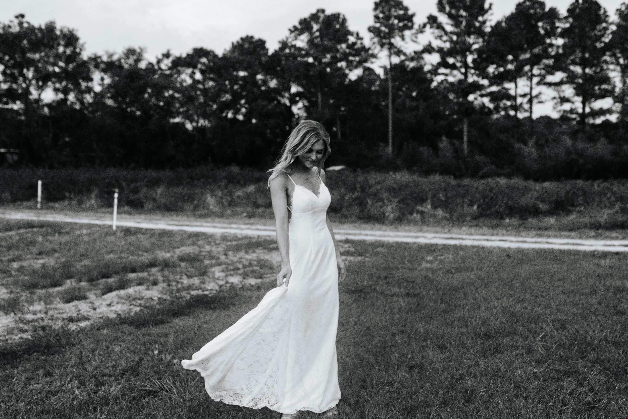 Kourtney_Sean_Savannah_Georgia_Wedding_Wormsloe_Histroic_Site_Coastal_Georgia_Botanical_Gardens_Photography_by_V_4350.jpg