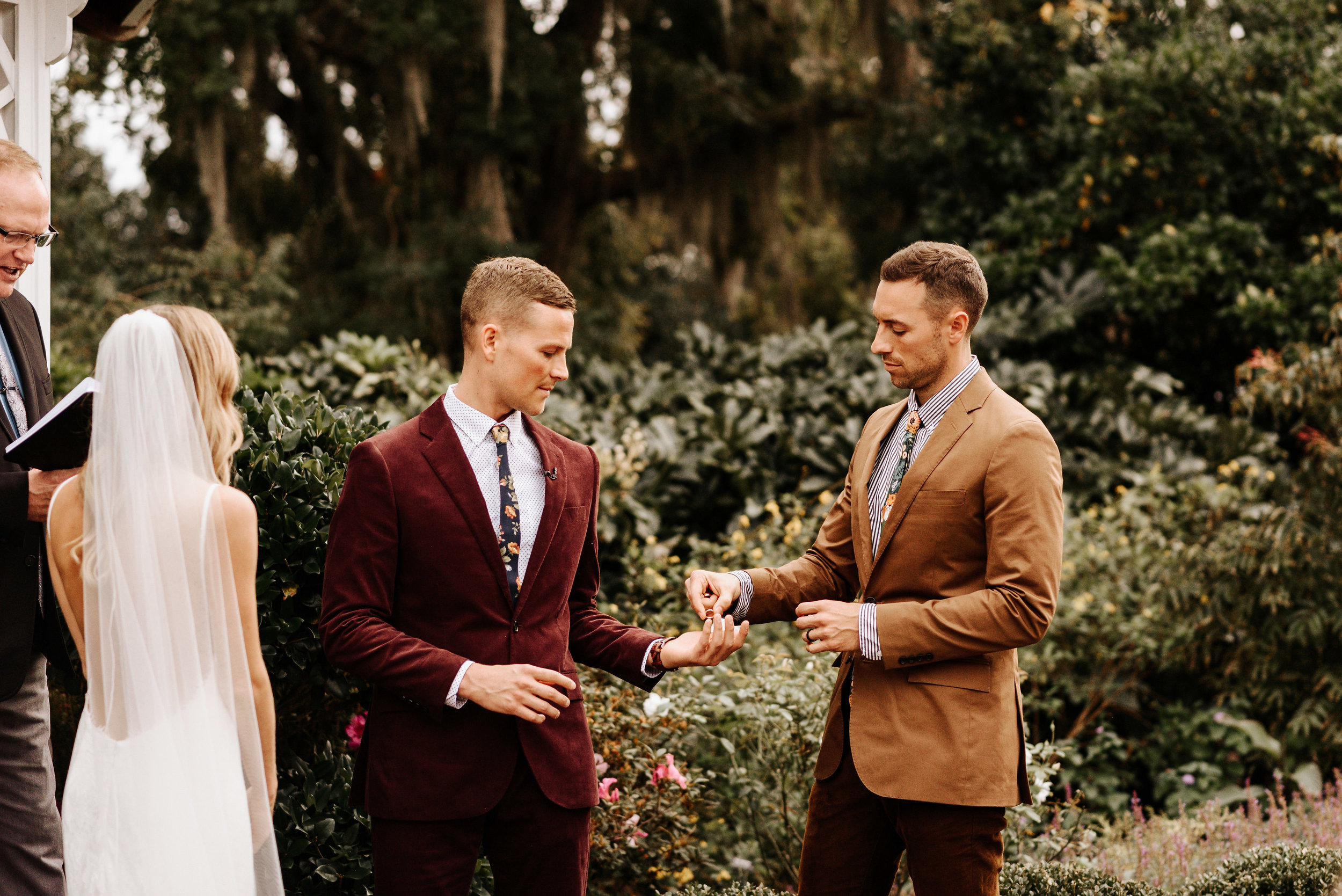 Kourtney_Sean_Savannah_Georgia_Wedding_Wormsloe_Histroic_Site_Coastal_Georgia_Botanical_Gardens_Photography_by_V_7007.jpg