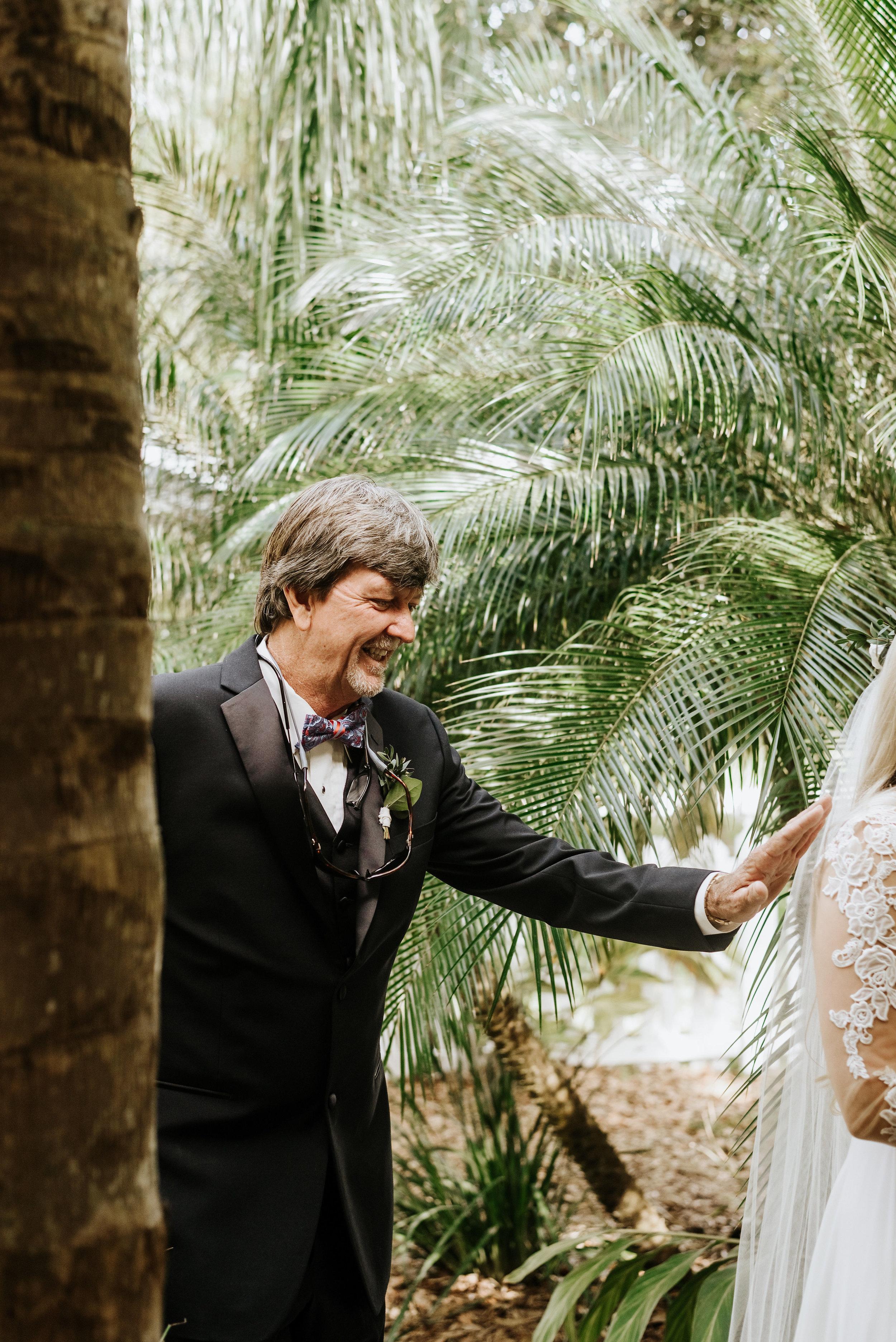 Mikenzi_Brad_Wedding_The_Delamater_House_New_Smyrna_Beach_Florida_Photography_by_V_4575.jpg
