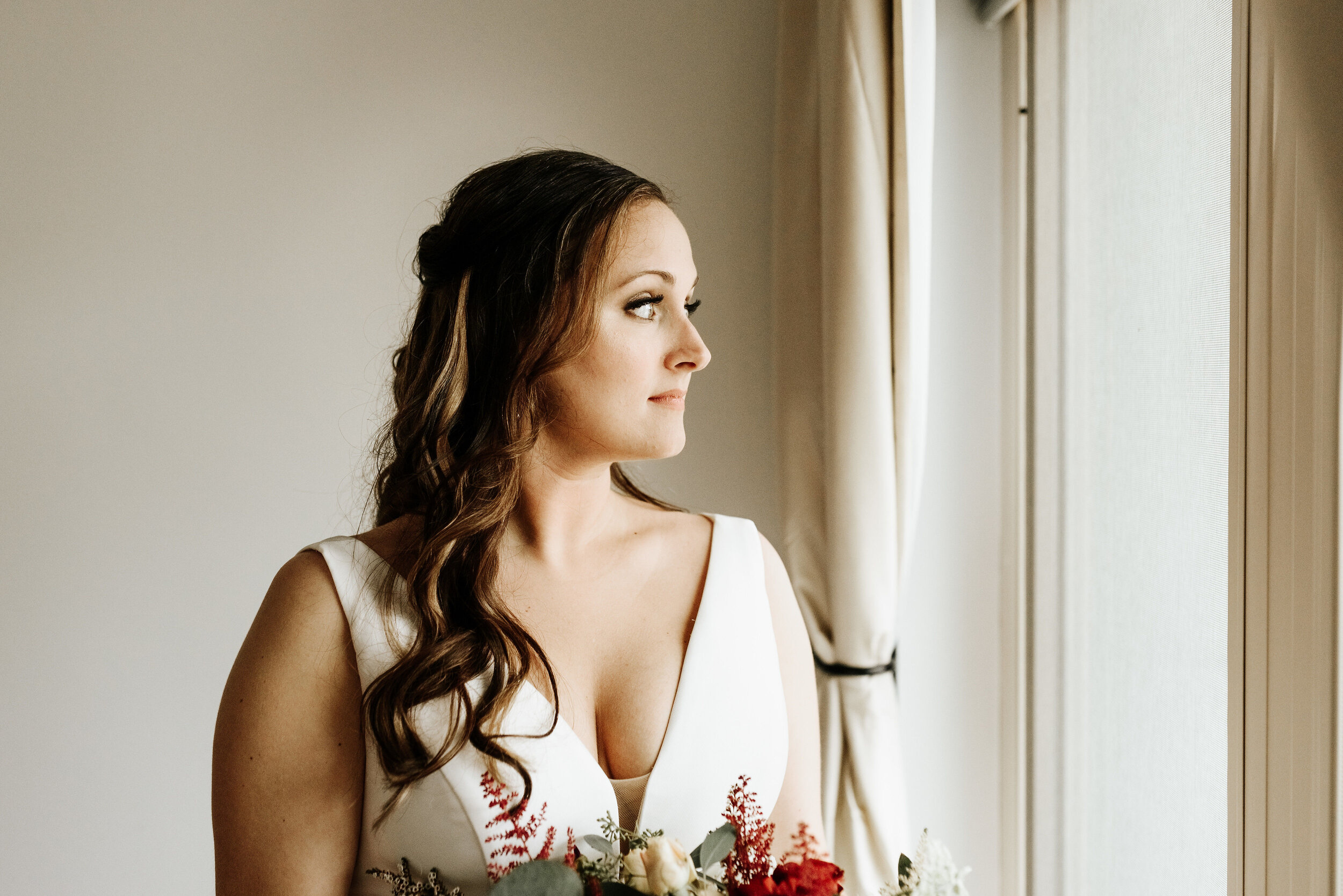 Allison_Nolan_Moss_Vineyards_Wedding_Charlottesville_Virginia_Photography_by_V_20.jpg