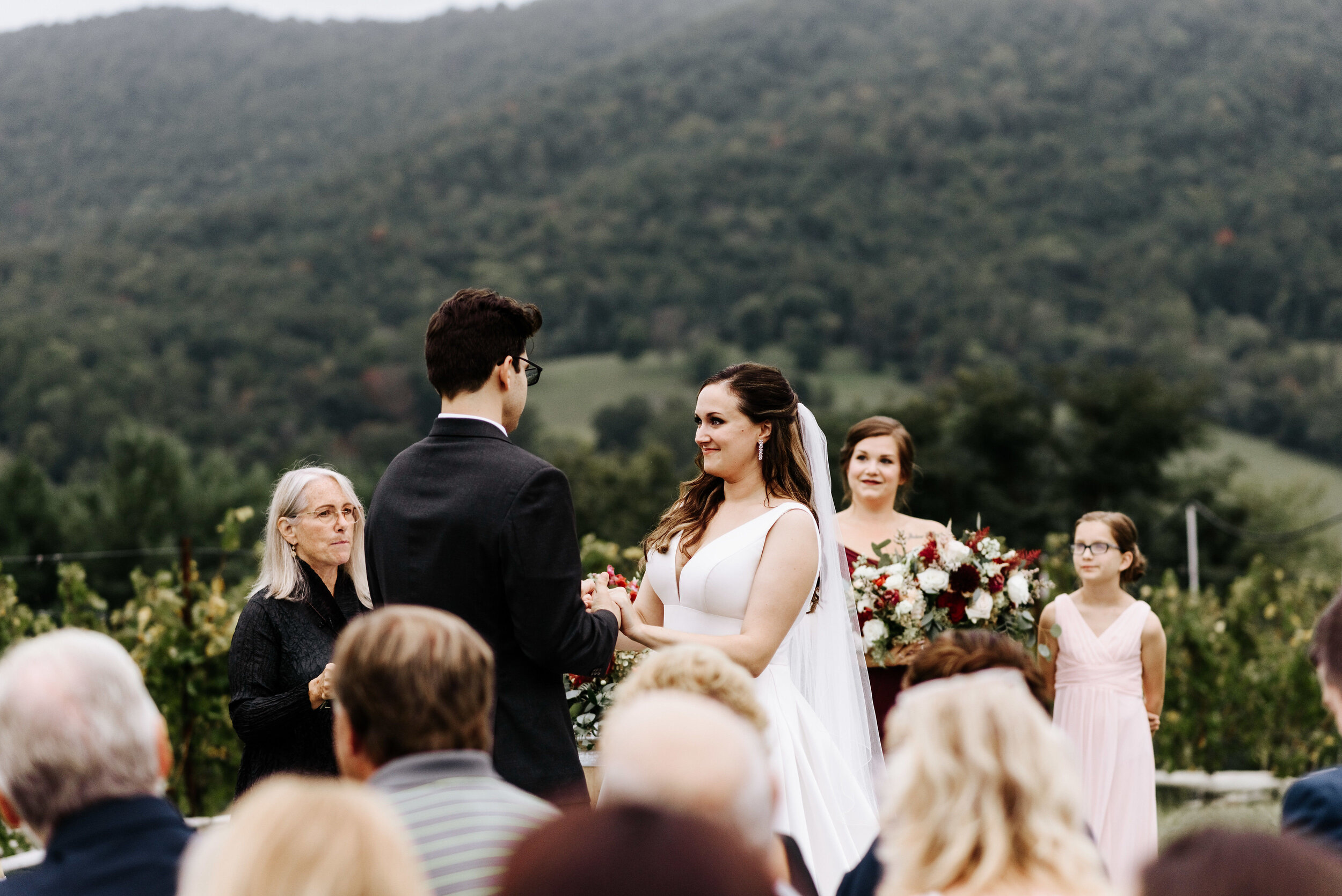 Allison_Nolan_Moss_Vineyards_Wedding_Charlottesville_Virginia_Photography_by_V_46.jpg