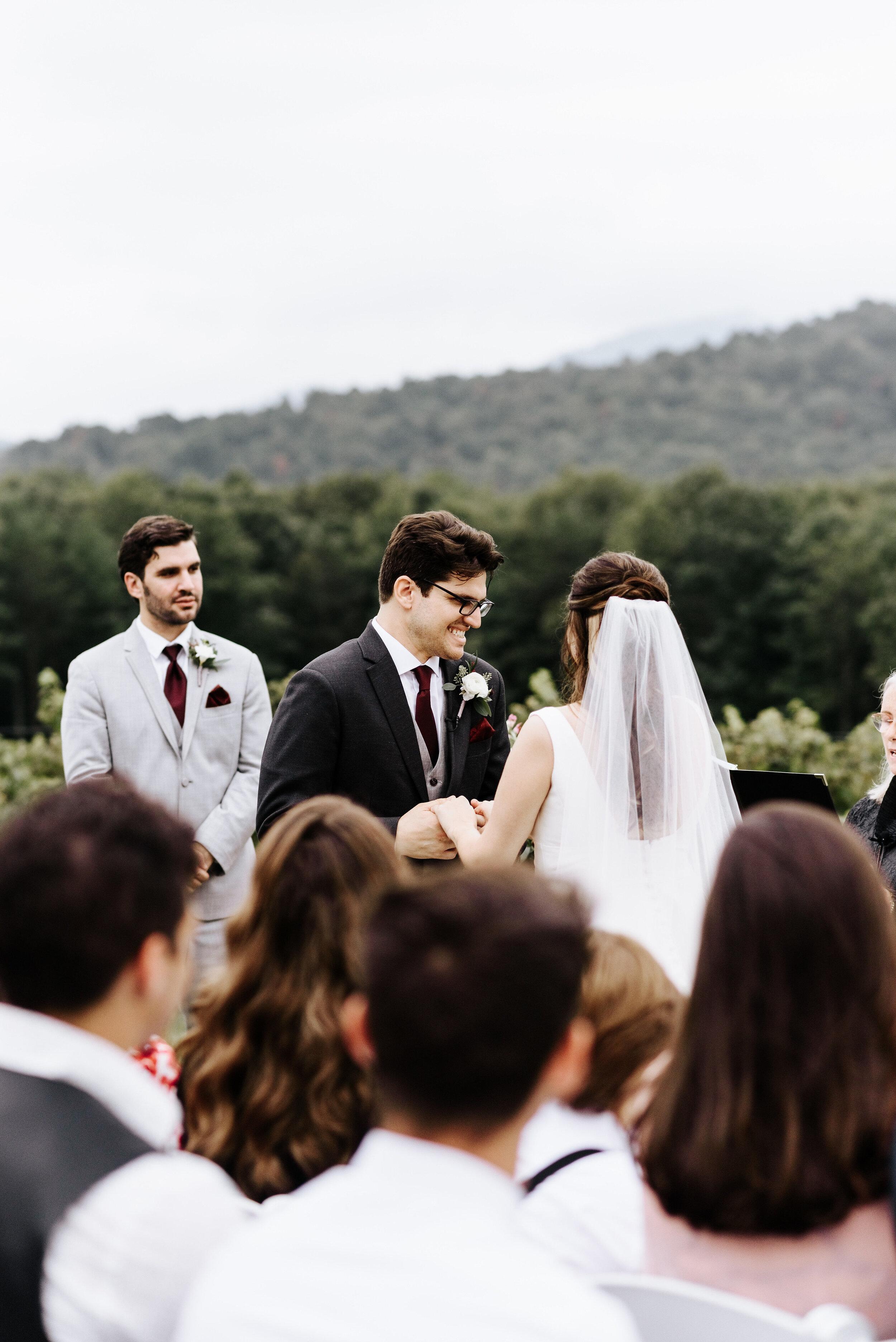 Allison_Nolan_Moss_Vineyards_Wedding_Charlottesville_Virginia_Photography_by_V_47.jpg