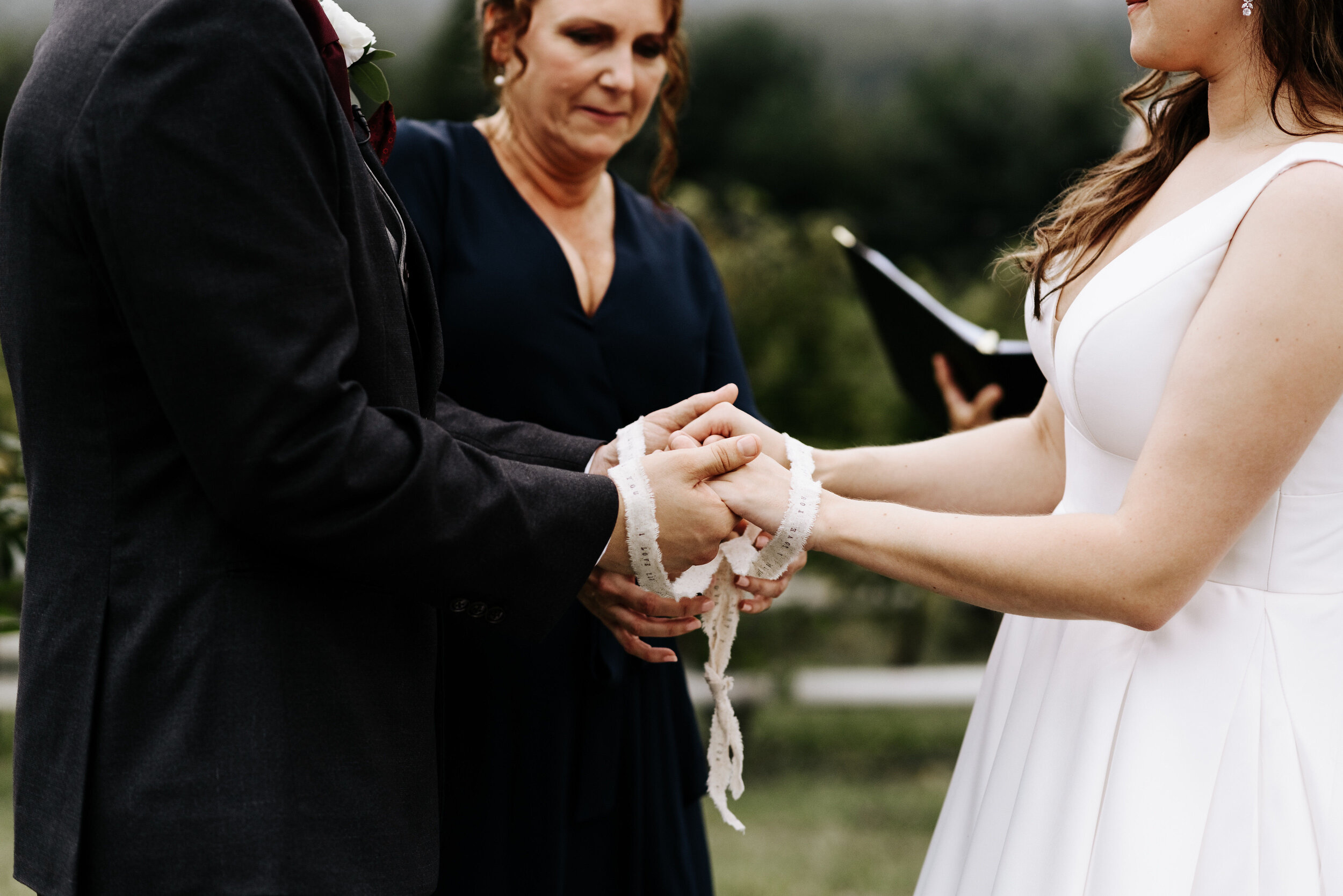 Allison_Nolan_Moss_Vineyards_Wedding_Charlottesville_Virginia_Photography_by_V_48.jpg