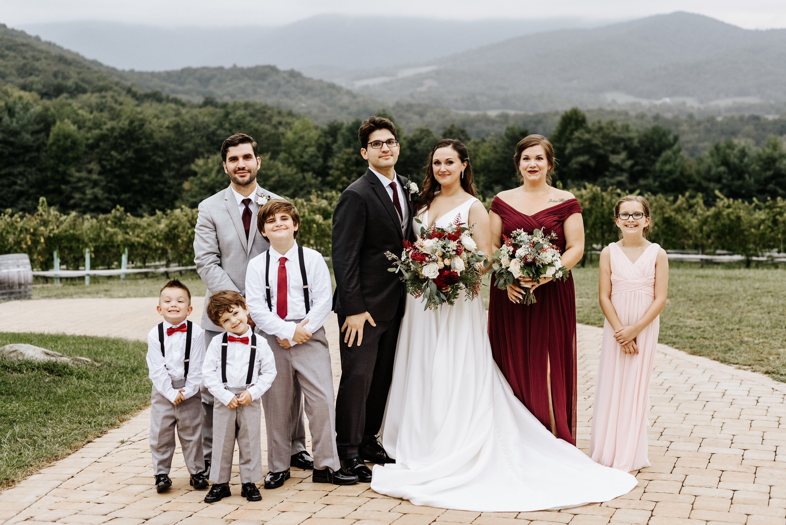 Allison_Nolan_Moss_Vineyards_Wedding_Charlottesville_Virginia_Photography_by_V_54.jpg