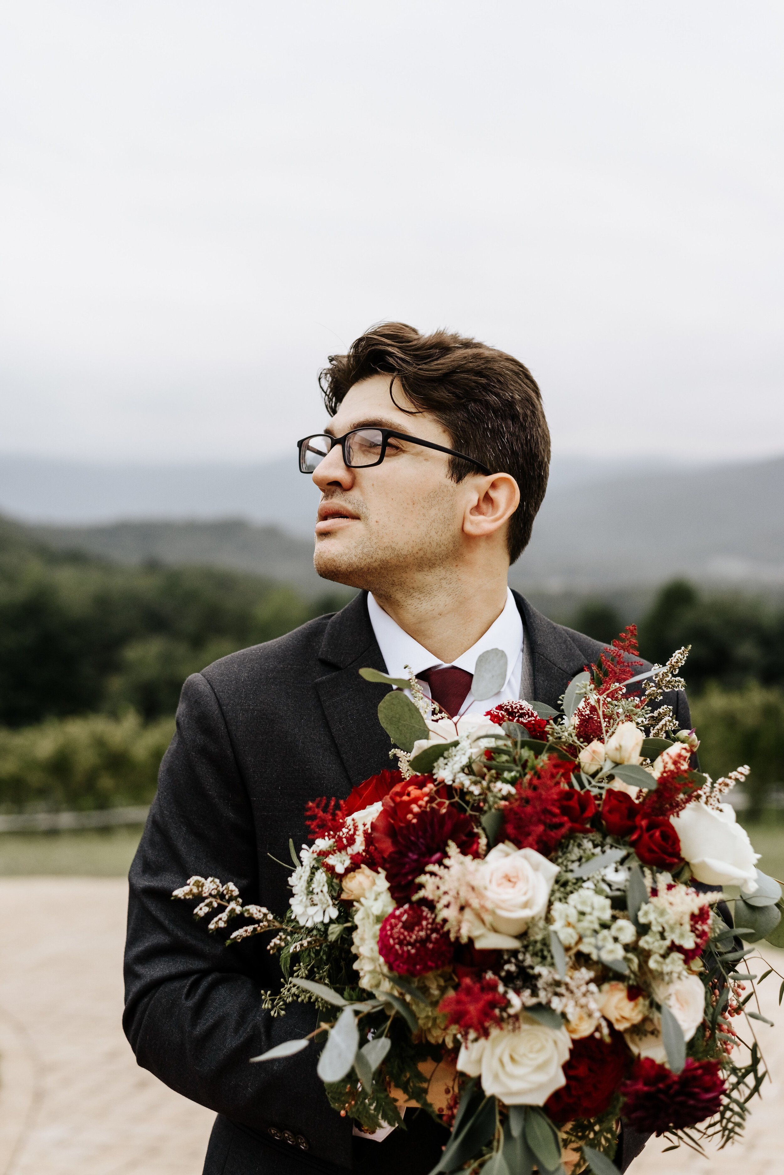 Allison_Nolan_Moss_Vineyards_Wedding_Charlottesville_Virginia_Photography_by_V_56.jpg