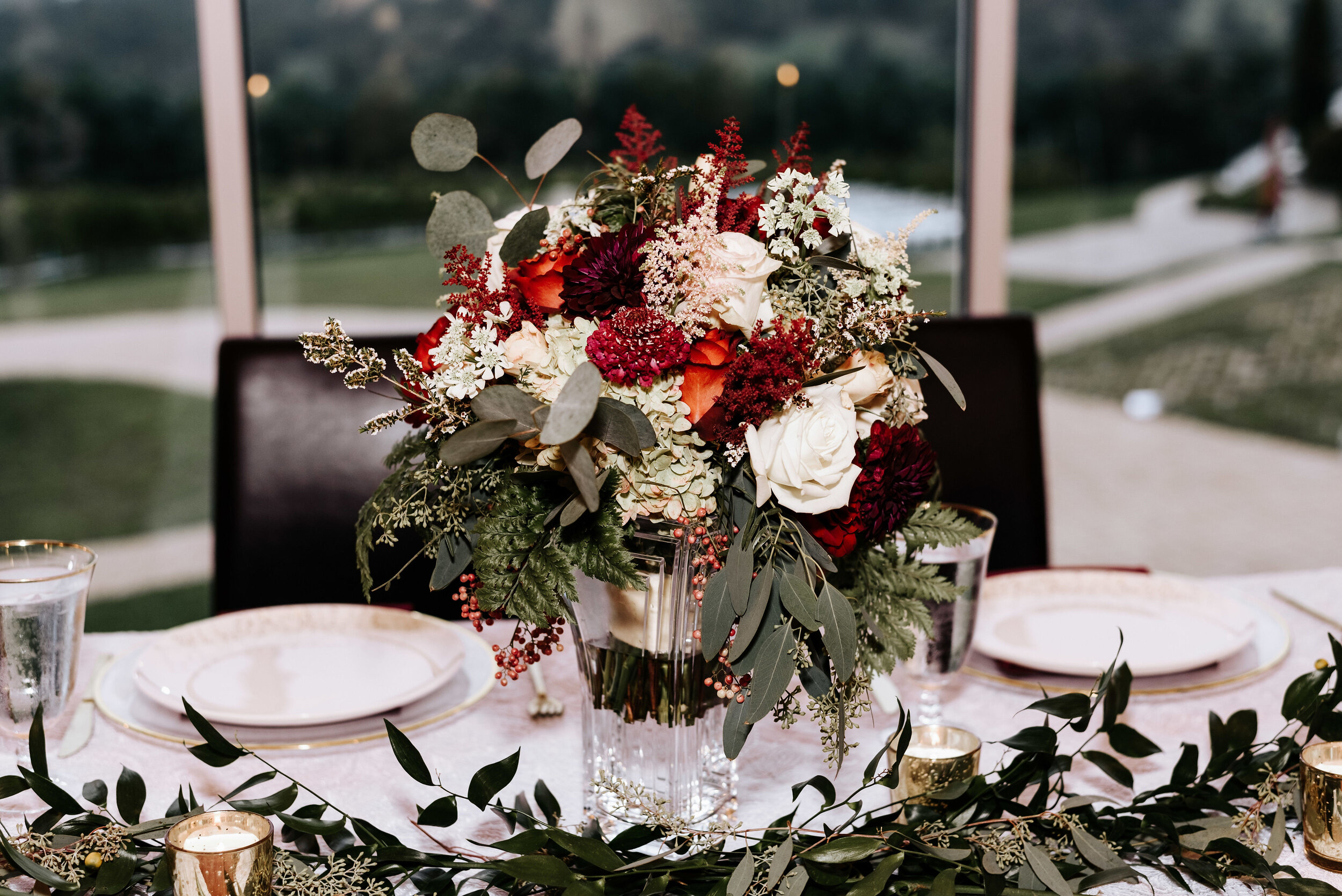 Allison_Nolan_Moss_Vineyards_Wedding_Charlottesville_Virginia_Photography_by_V_67.jpg