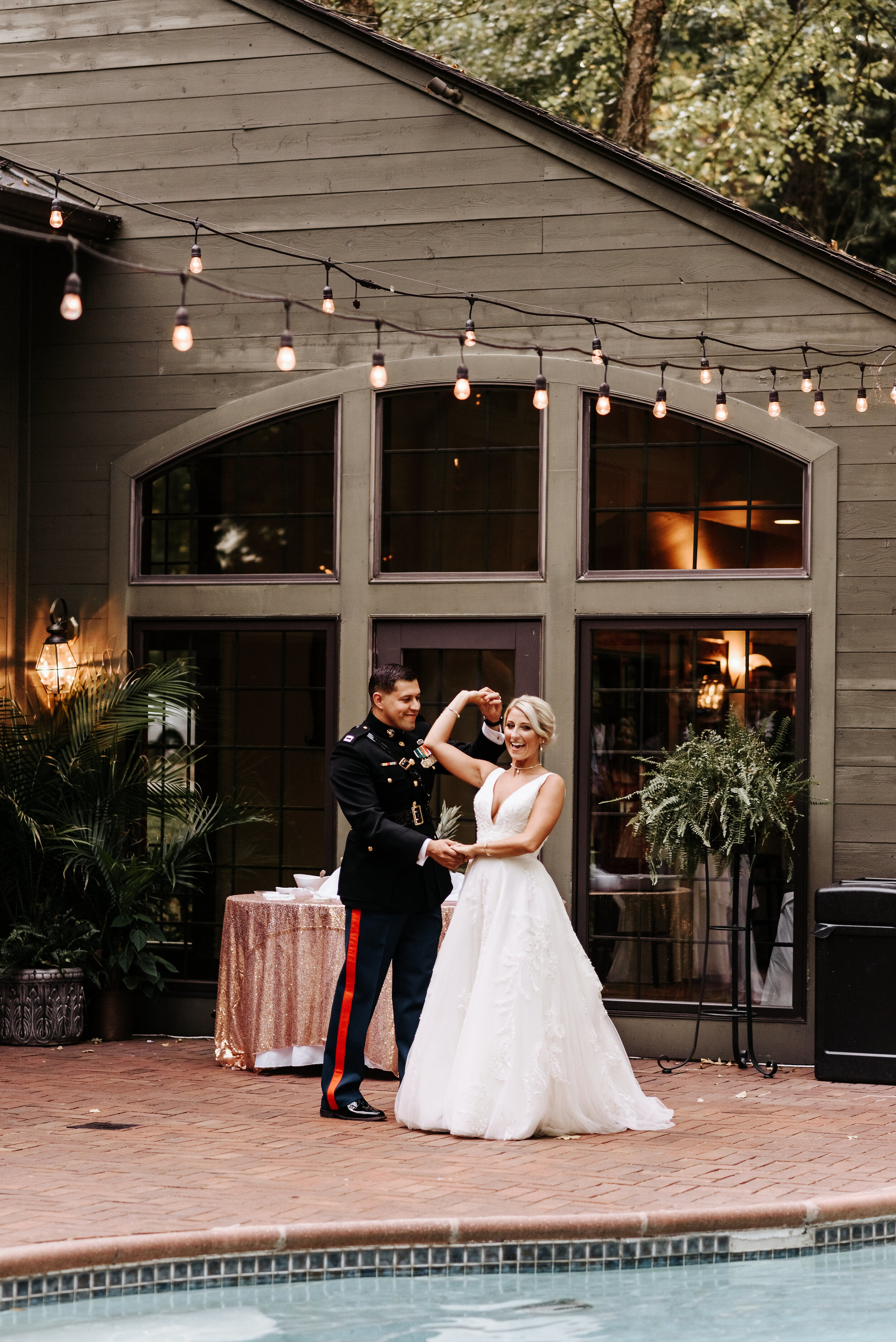 Emily_Mike_Wedding_Celebrations_at_the_Reservoir_Pool_Pavilion_Richmond_Virginia_Wedding_Photographer_Photography_by_V_74.jpg