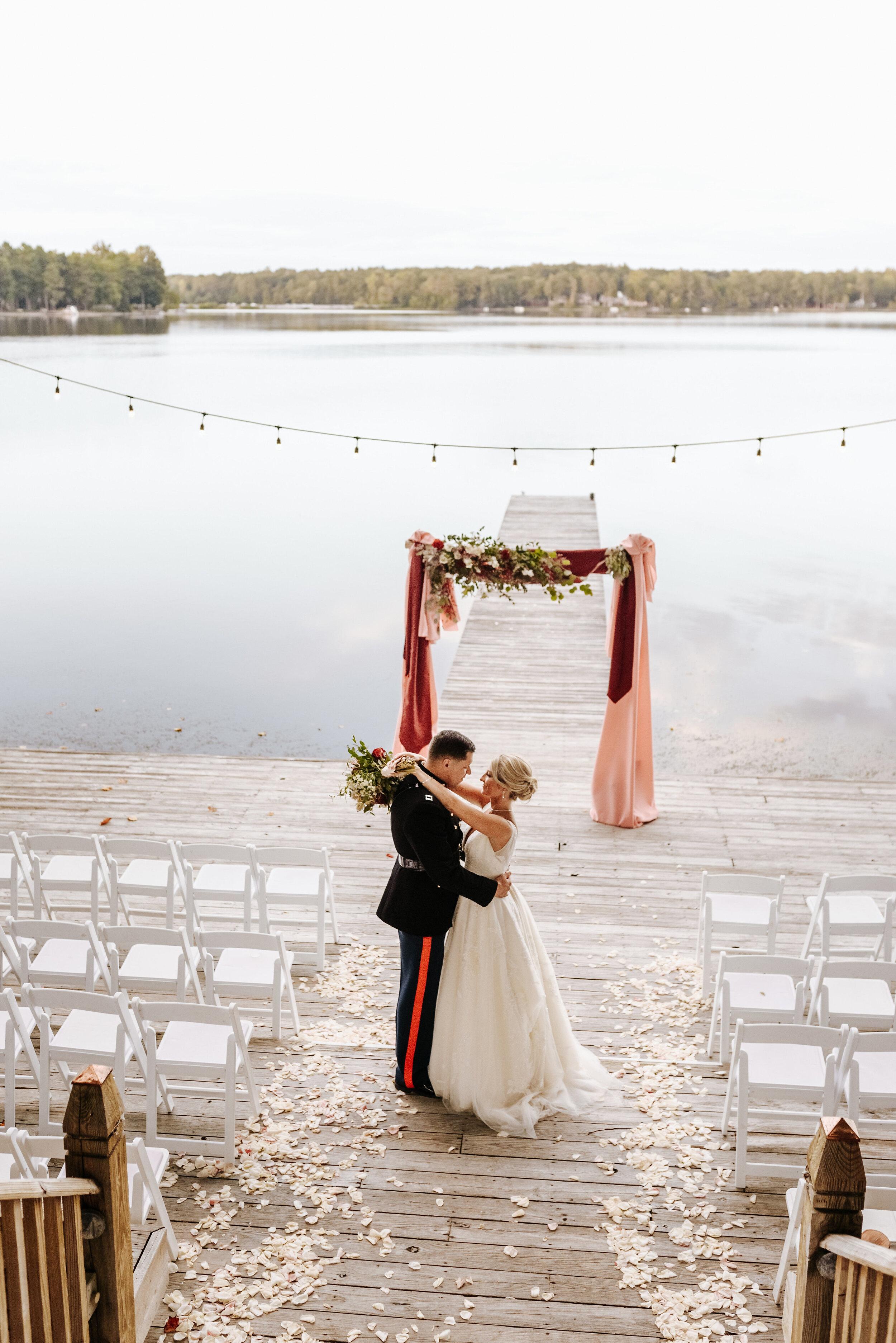 Emily_Mike_Wedding_Celebrations_at_the_Reservoir_Pool_Pavilion_Richmond_Virginia_Wedding_Photographer_Photography_by_V_97.jpg