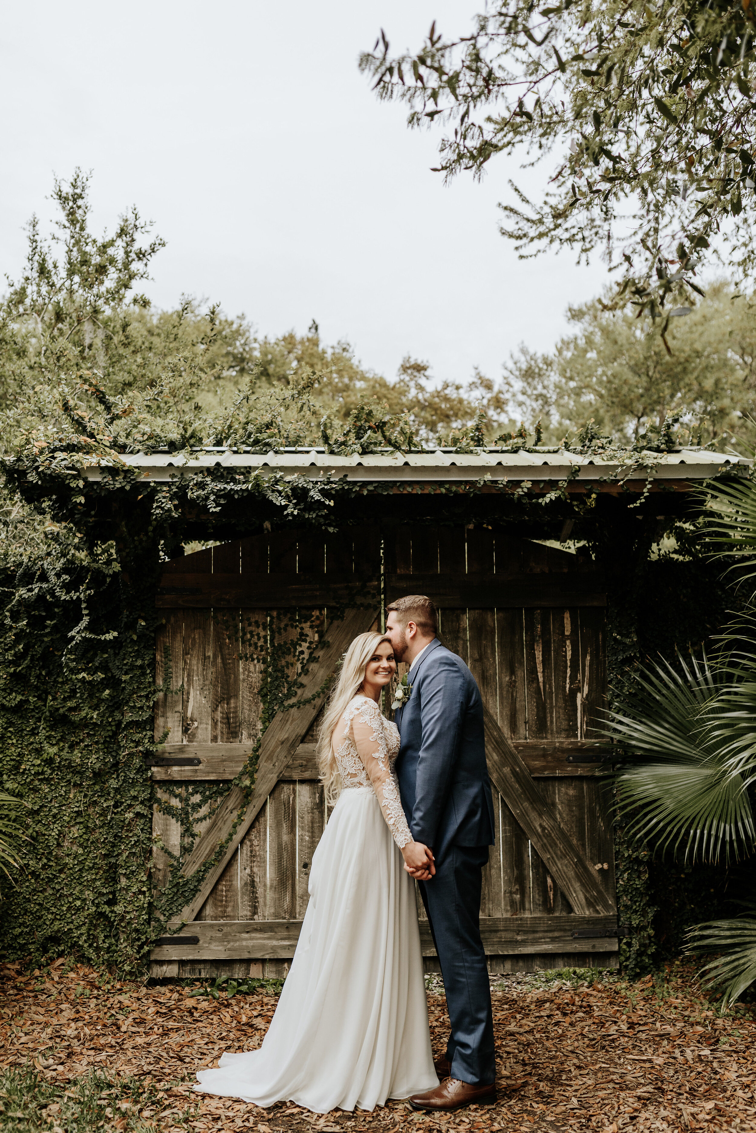 Mikenzi_Brad_Wedding_The_Delamater_House_New_Smyrna_Beach_Florida_Photography_by_V_0826.jpg