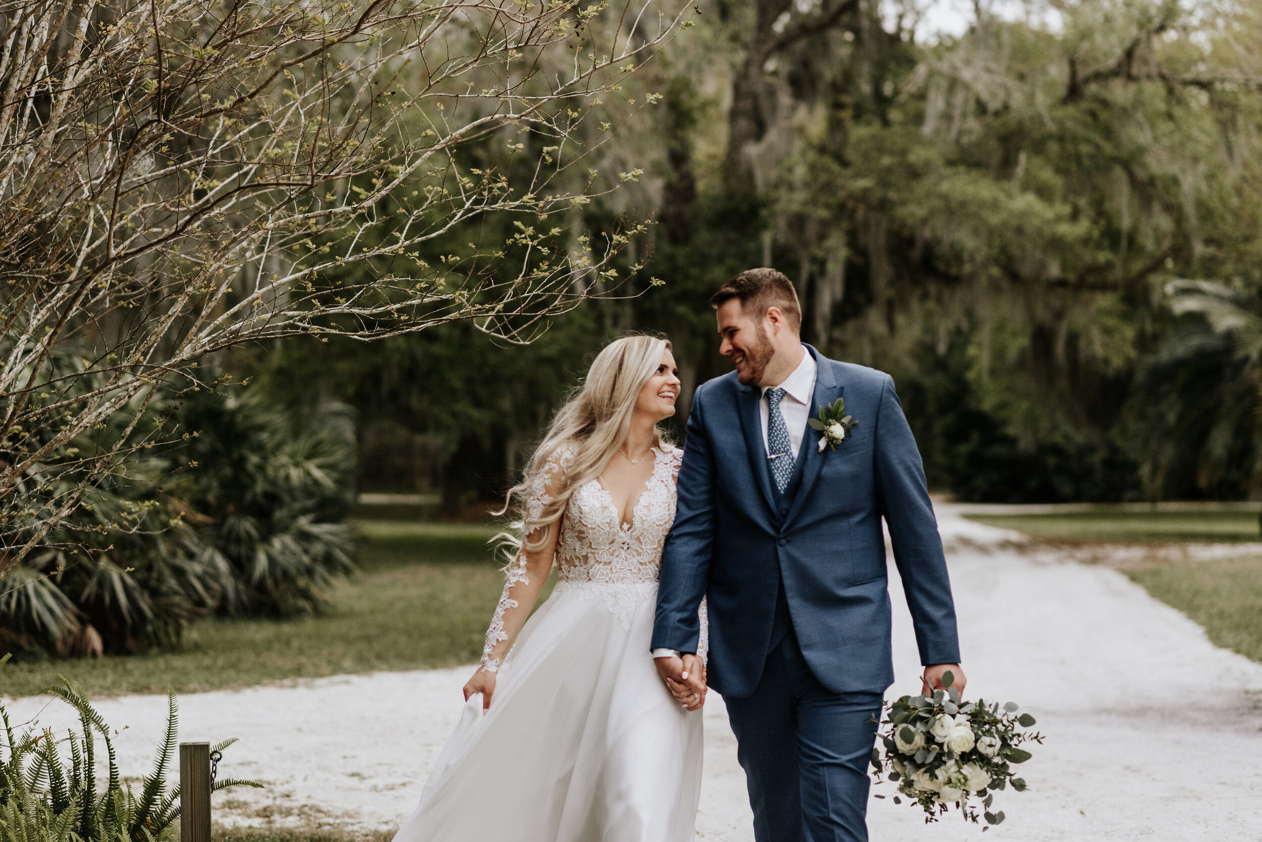 Mikenzi_Brad_Wedding_The_Delamater_House_New_Smyrna_Beach_Florida_Photography_by_V_5343.jpg
