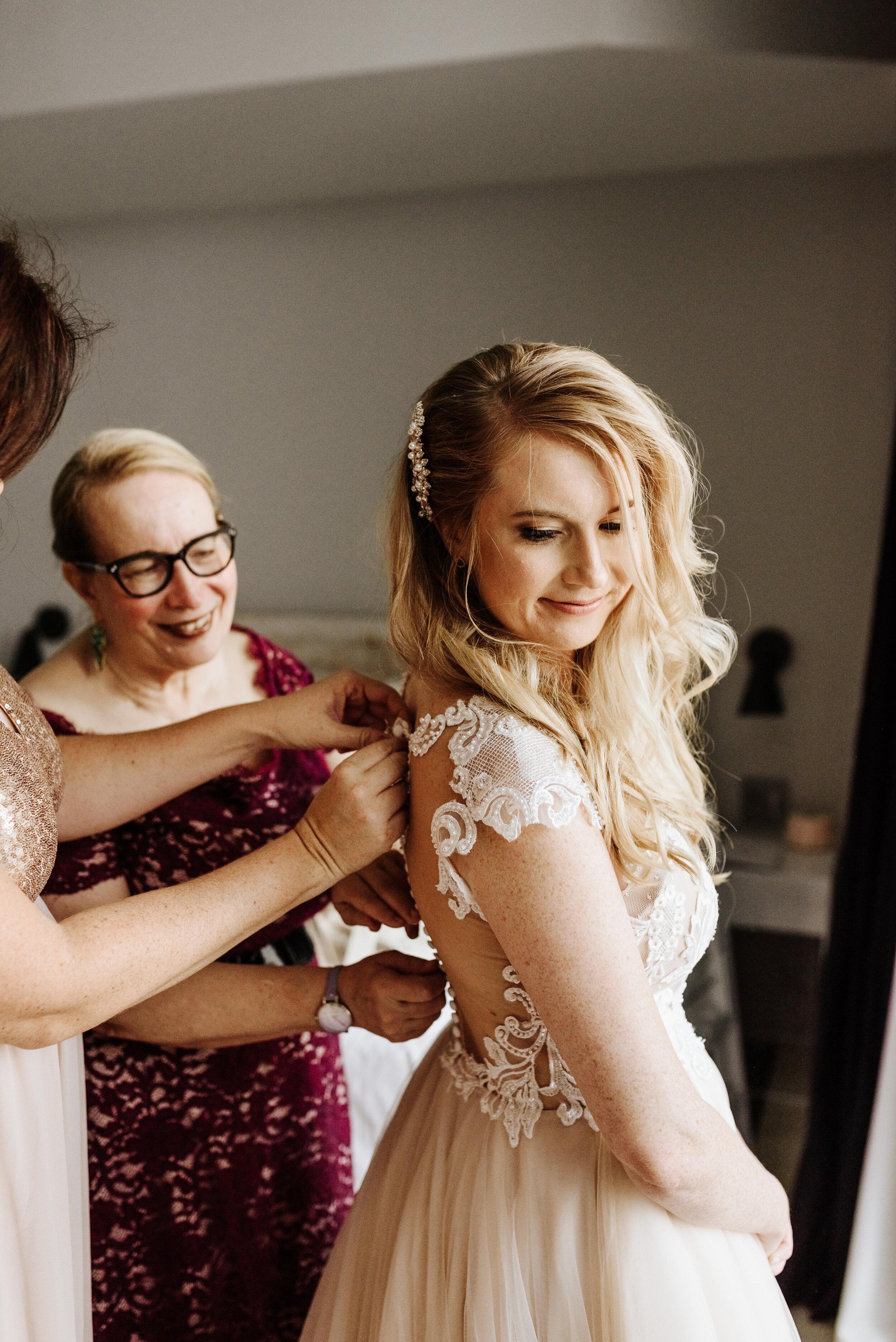Cassie-Mrunal-Wedding-Quirk-Hotel-John-Marshall-Ballrooms-Richmond-Virginia-Photography-by-V-13.jpg