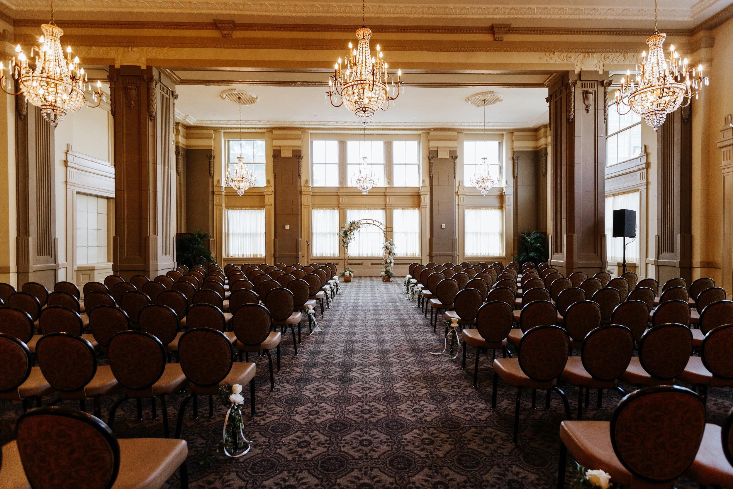 Cassie-Mrunal-Wedding-Quirk-Hotel-John-Marshall-Ballrooms-Richmond-Virginia-Photography-by-V-62.jpg