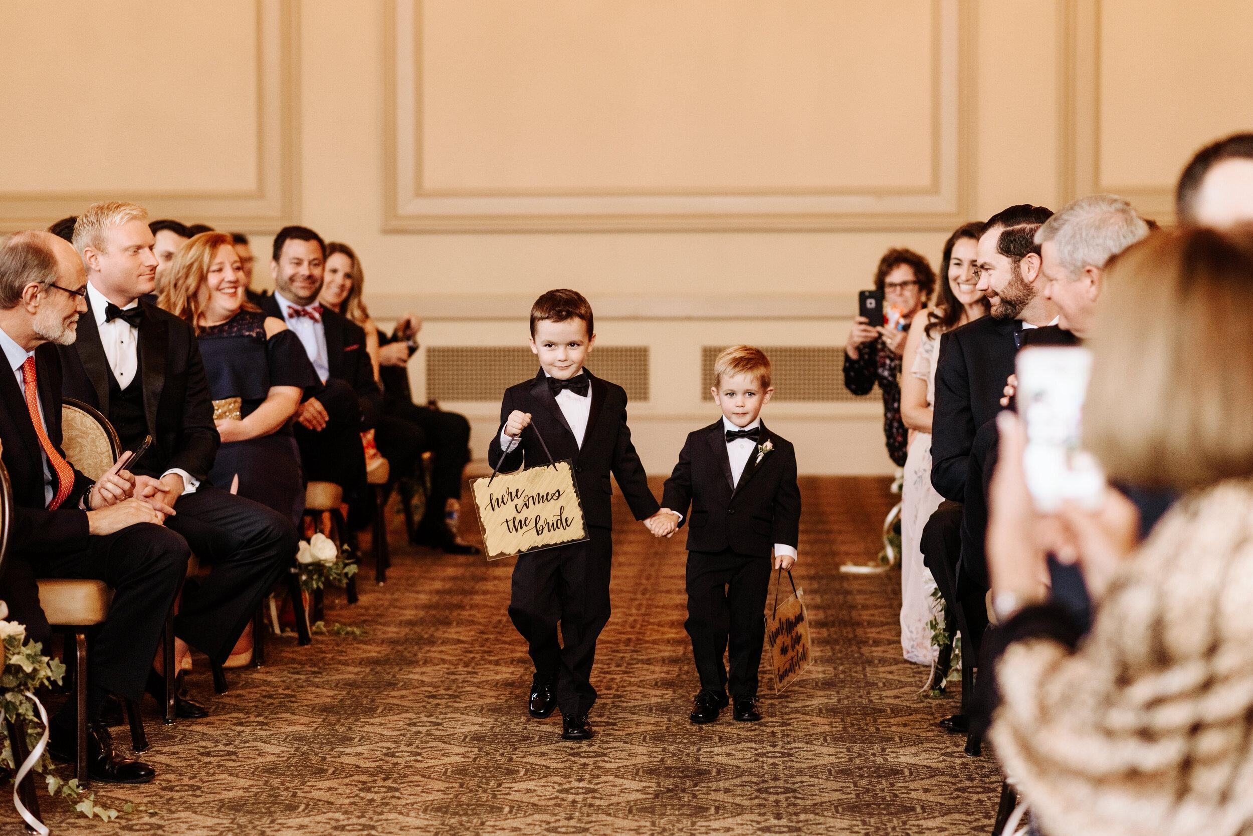 Cassie-Mrunal-Wedding-Quirk-Hotel-John-Marshall-Ballrooms-Richmond-Virginia-Photography-by-V-68.jpg