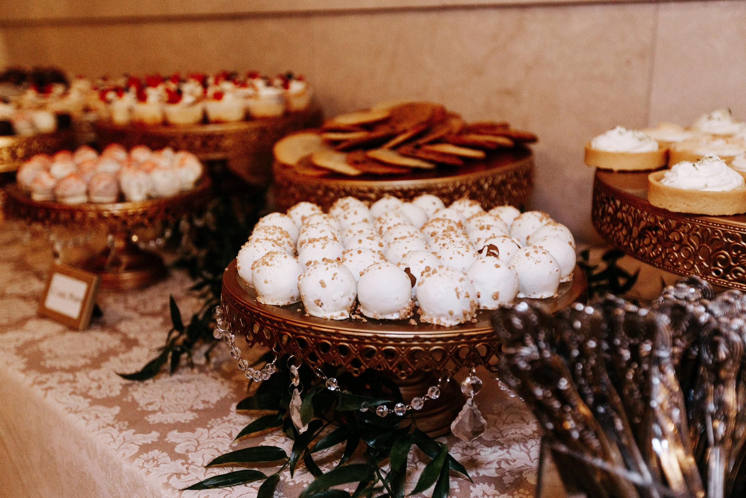 Cassie-Mrunal-Wedding-Quirk-Hotel-John-Marshall-Ballrooms-Richmond-Virginia-Photography-by-V-120.jpg