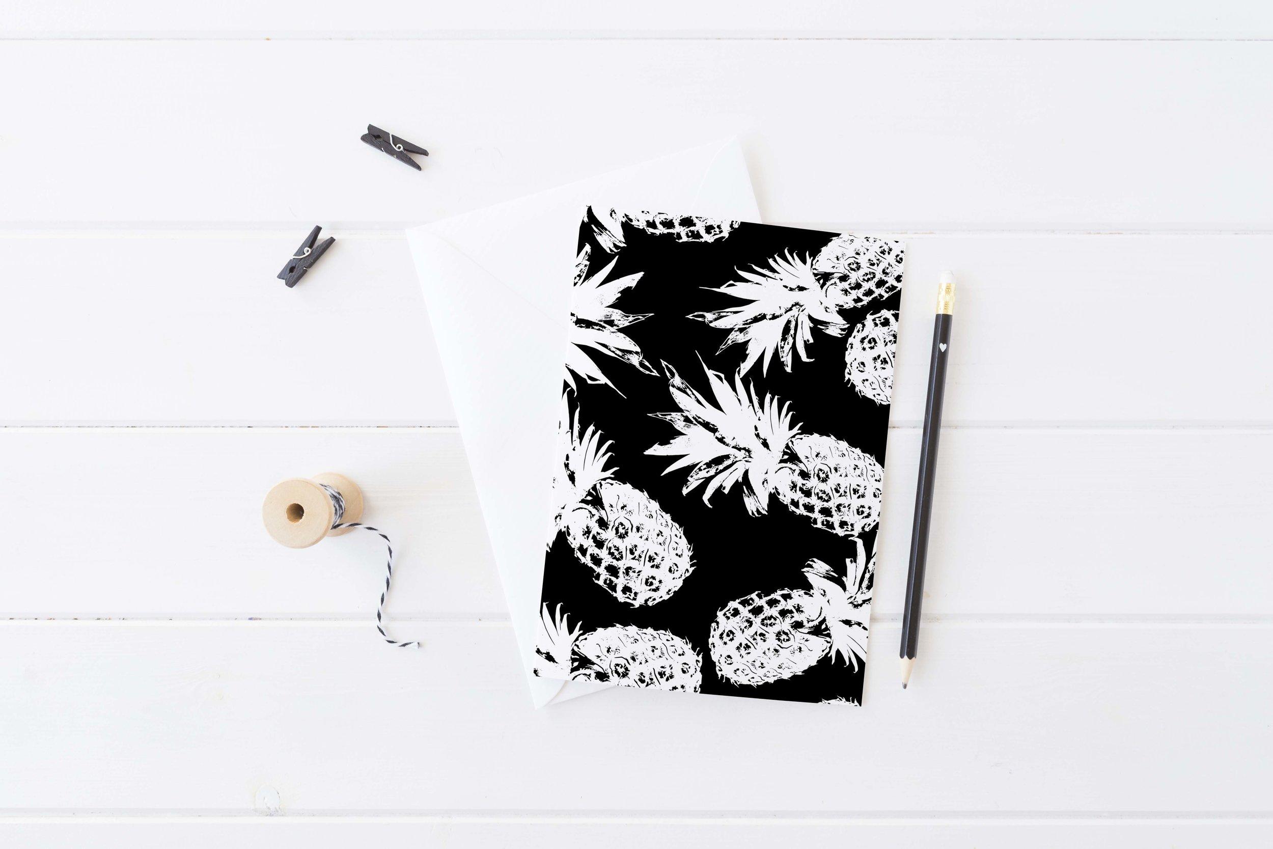 Monochrome Pineapple