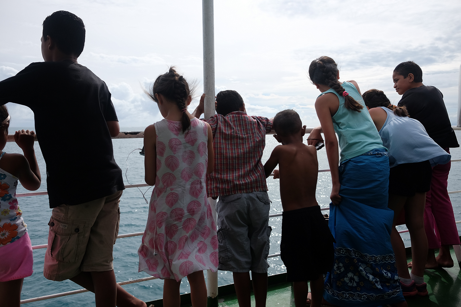 Kids on the ferry from Savai'i to Upolu.