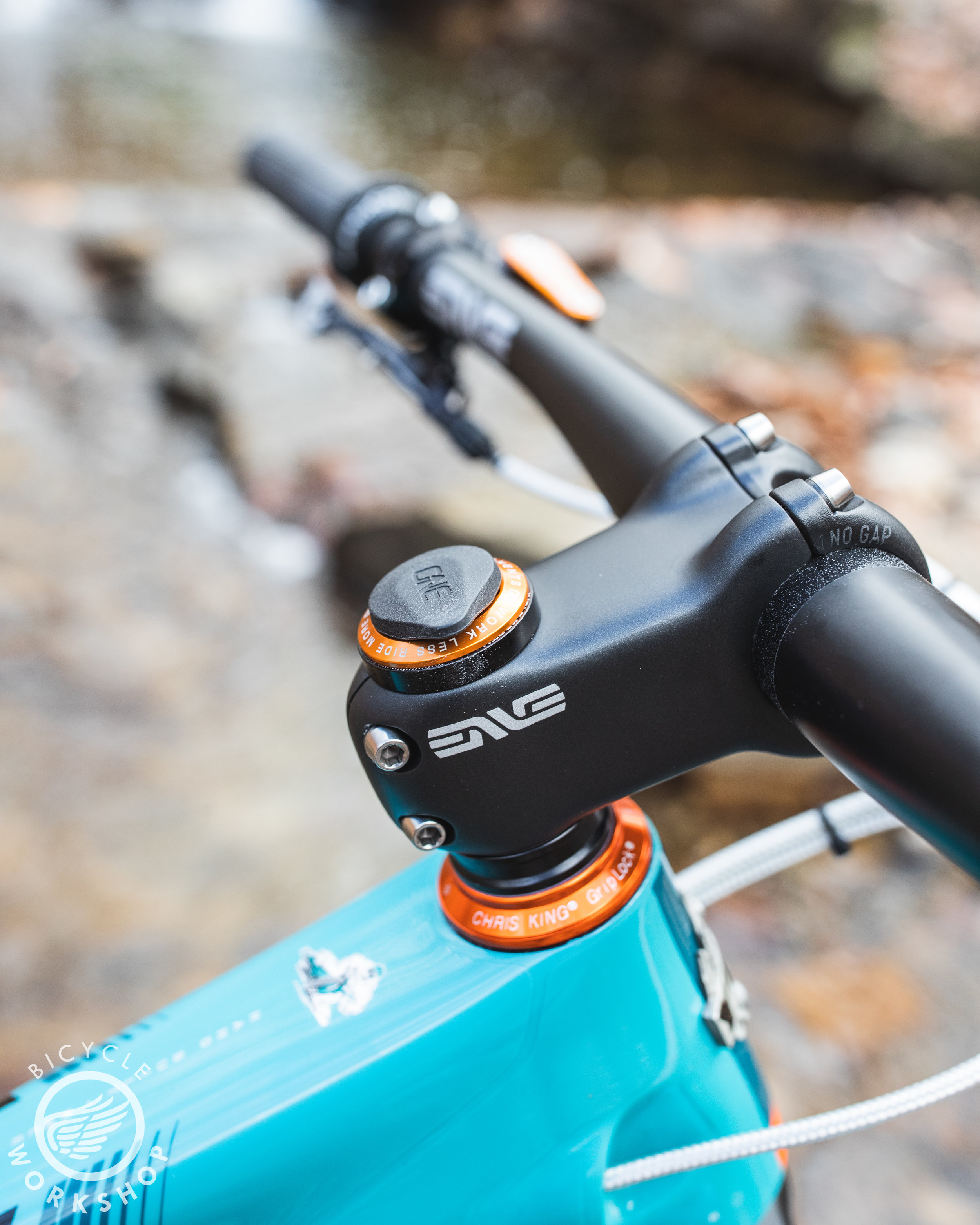 Enve stem with OneUp EDC tool
