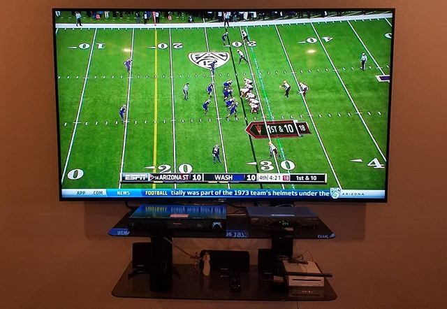 "This customer had us mount their new 75"" Sony TV. Upgrade your TV and get it professionally mounted for the upcoming NFL season. #nfl #ncaafootball #sony #75""tv #technology #techjunkiesaz"