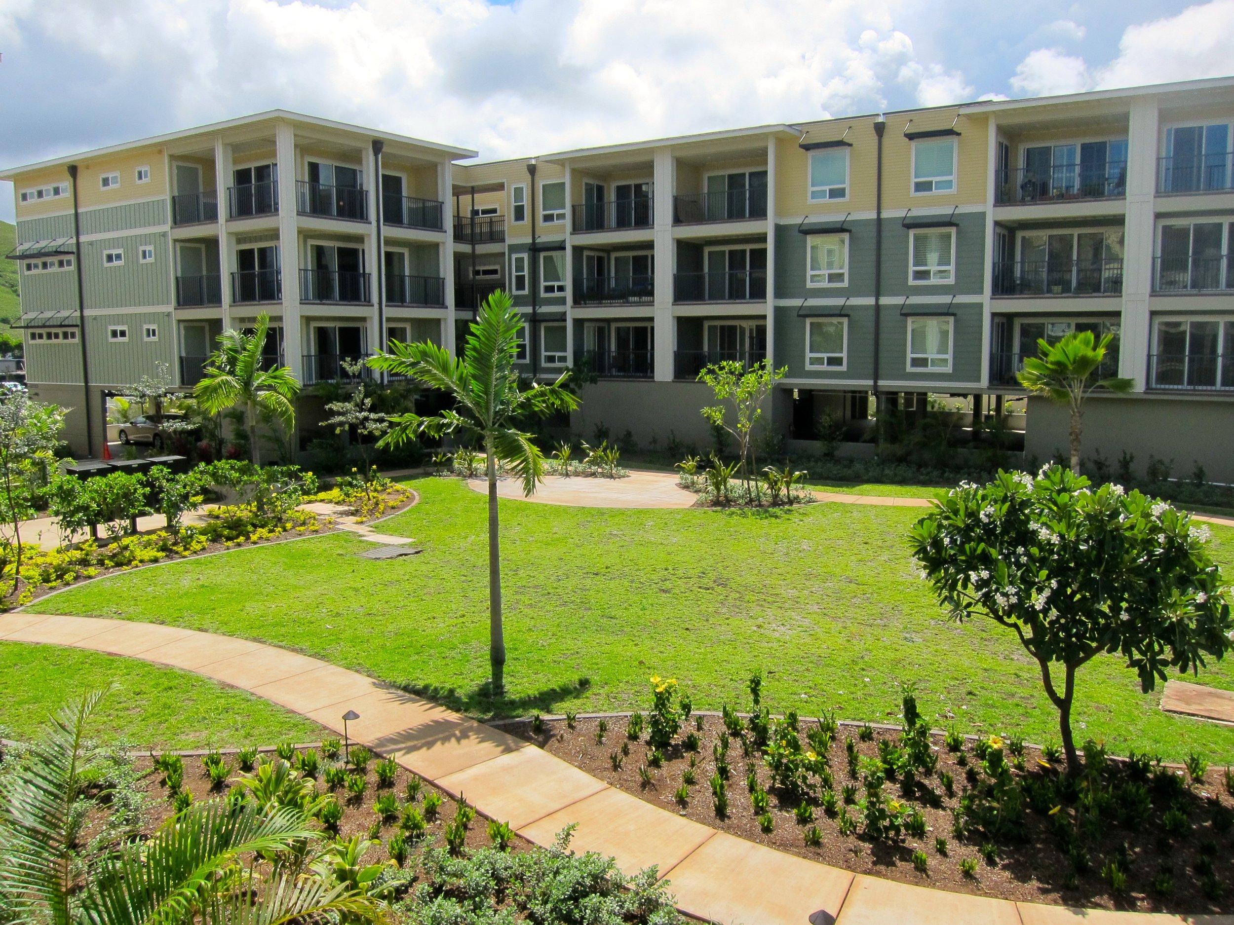 Ka Malanai Courtyard