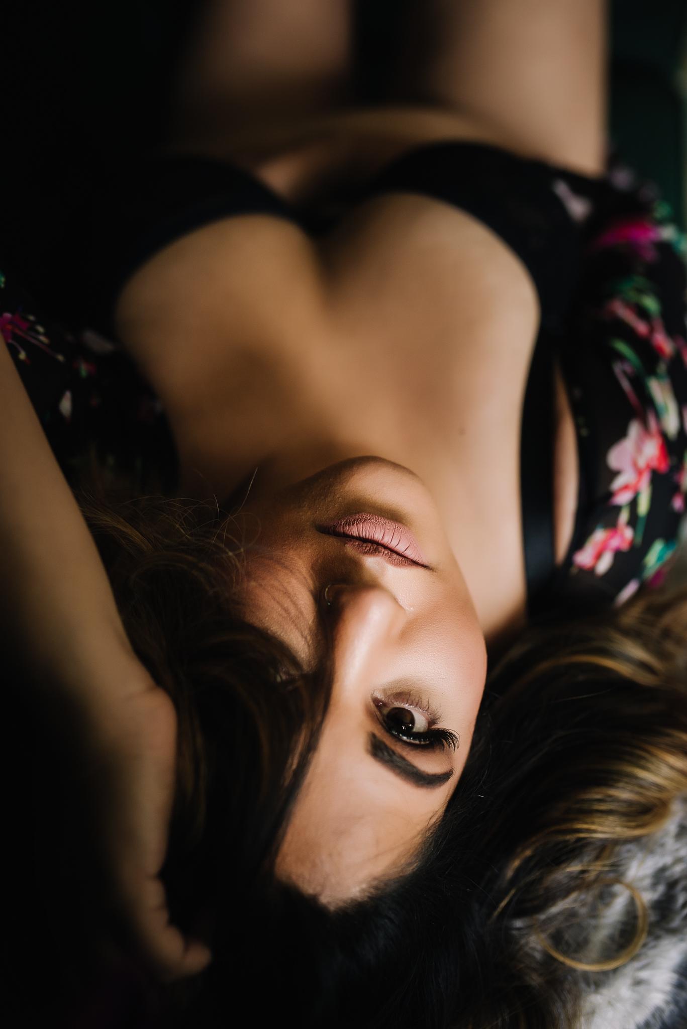 Calgary Boudoir Photographer, Shannon Smith Photography, boudoir photo shoot, lingerie photoshoot, Women's Empowerment, Body Diversity, Body Positivity, Self Love