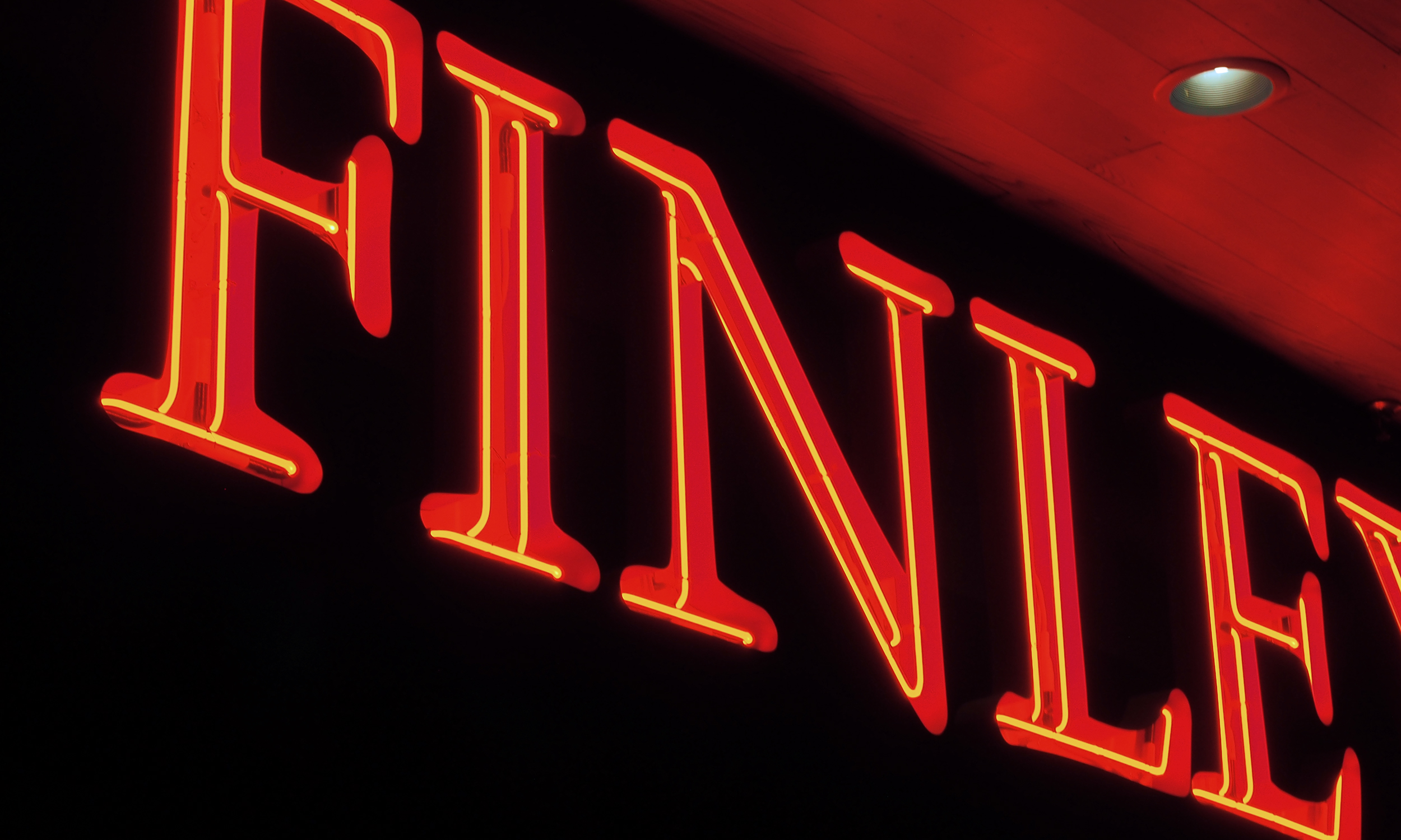 Finleys_Channel_Night_Close.jpg