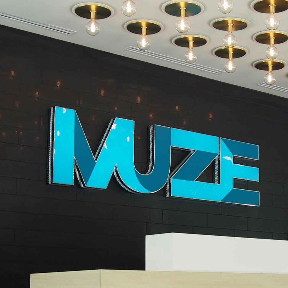 Muze_Sign.jpg