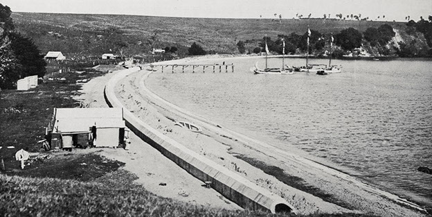 SEWER: (Photo: Sir George Grey Special Collections, Auckland Libraries, AWNS-19100804-16-4)