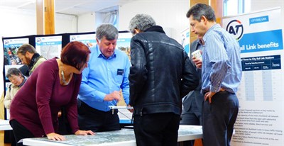 OPEN DAY: CRL project team members answer questions