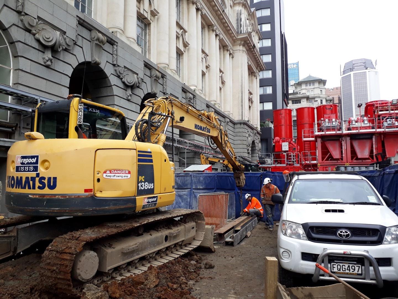 CRL construction work in Lower Queen Street.   The huge 10m high distinctive silos were part of the bentonite work.