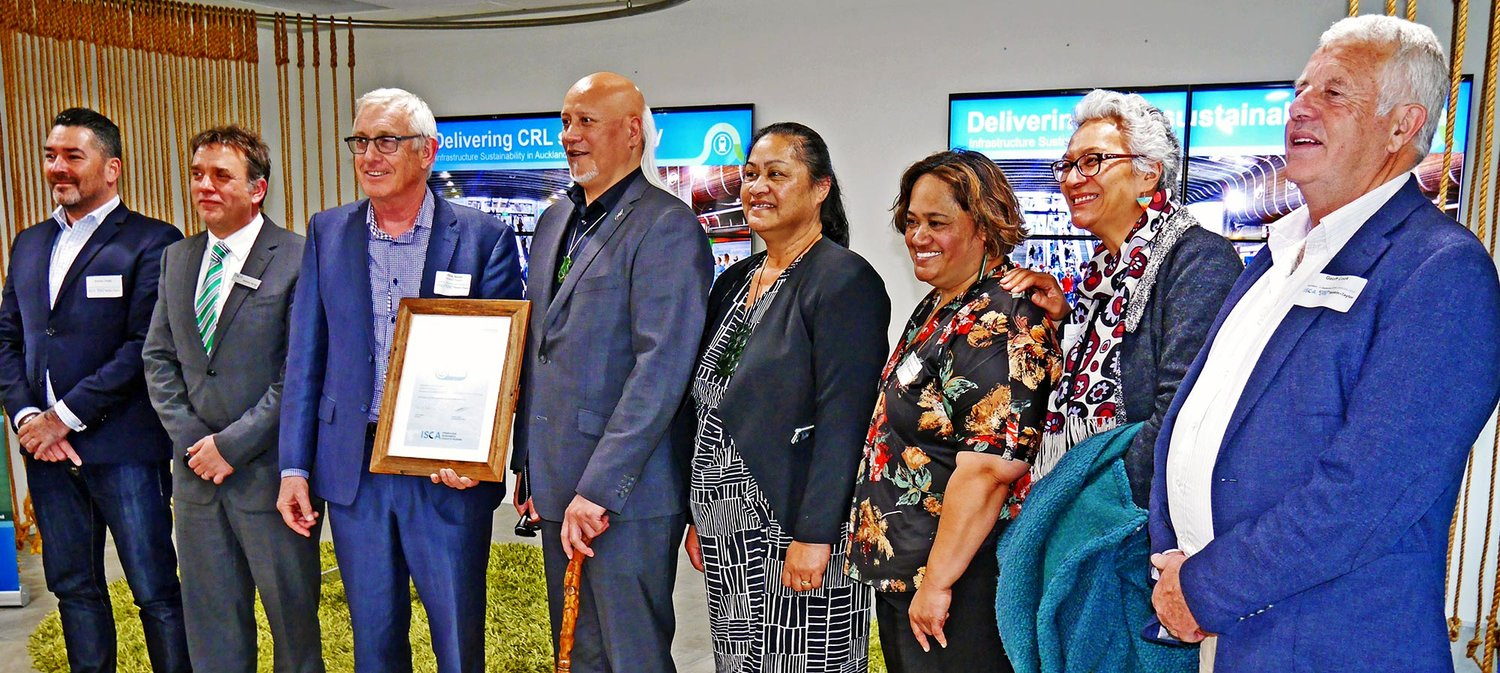 "AWARD: CRL's then CE, Mana Whenua and ISCA's CEO at the presentation of the IS ""Leading"" rating for Contract 2"