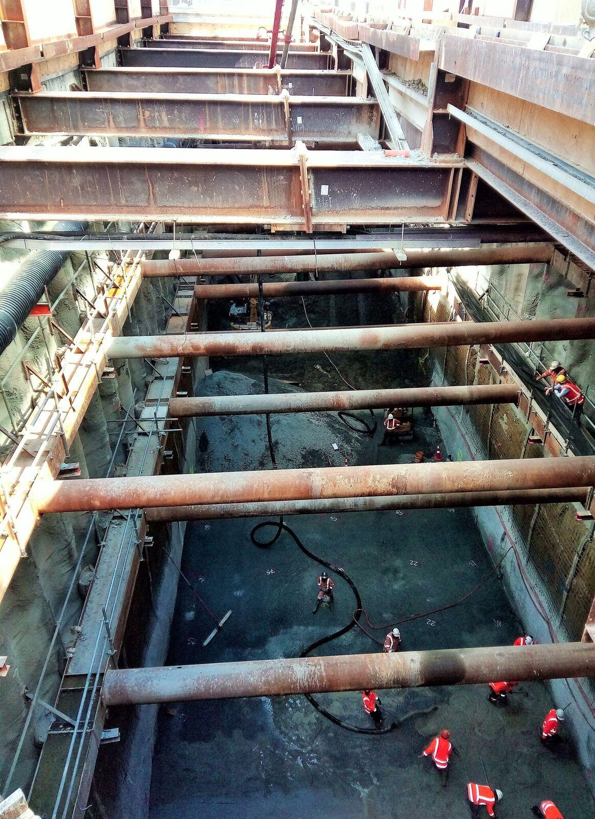 Albert St concrete pour 12 December 2017.jpeg