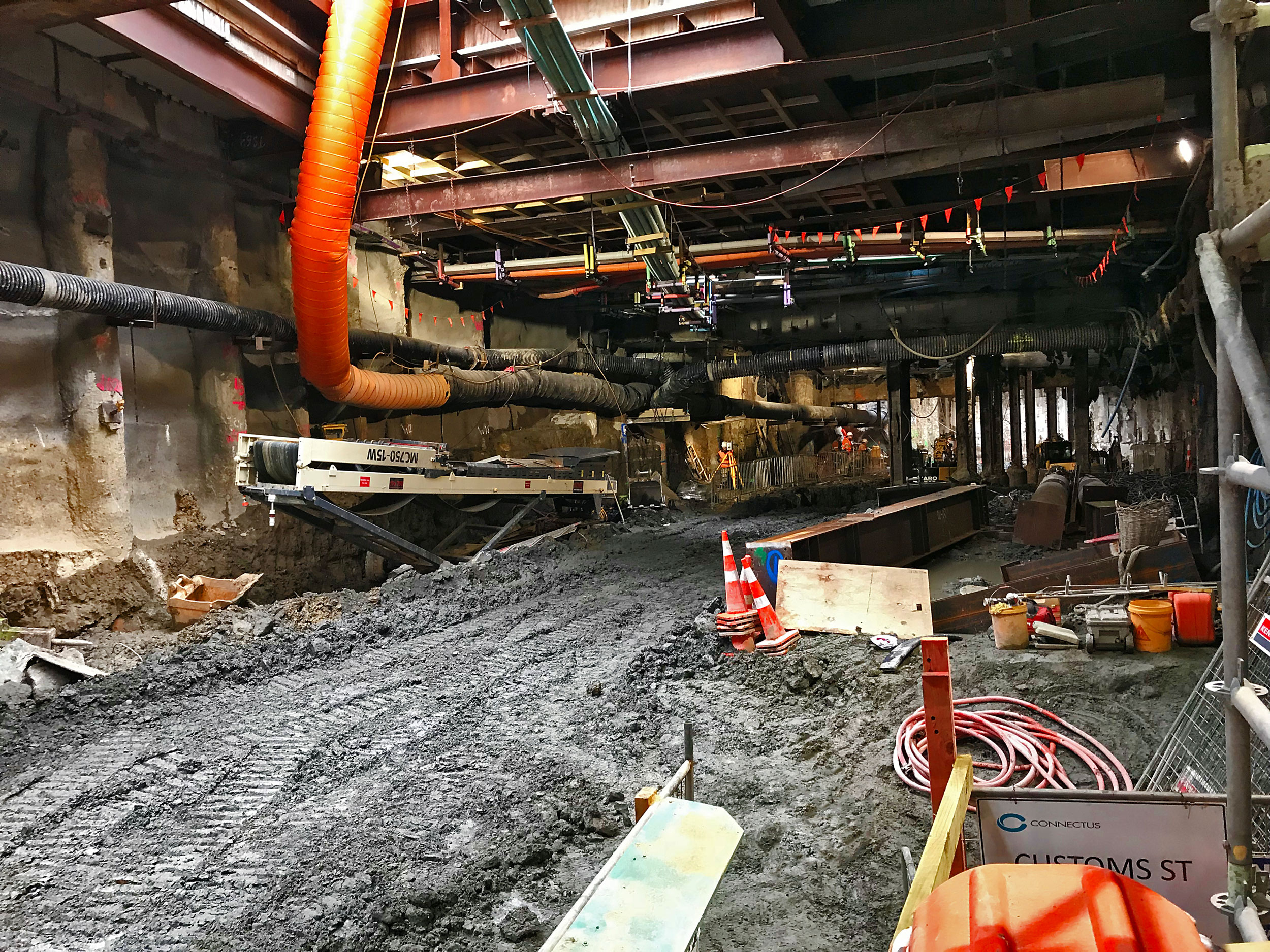 Excavation continuing under the Albert Street and Customs Street intersection 10 September 2018