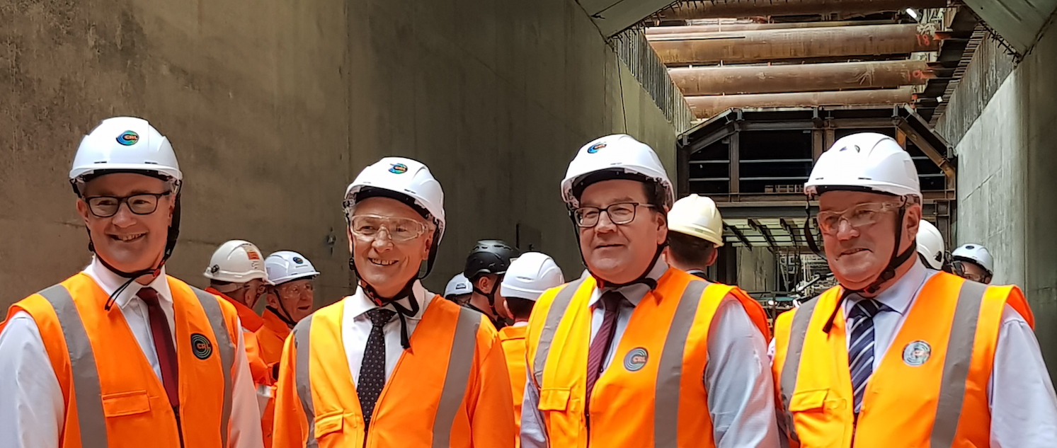 Ministers_inside_trench_28_Aug_2018.jpg