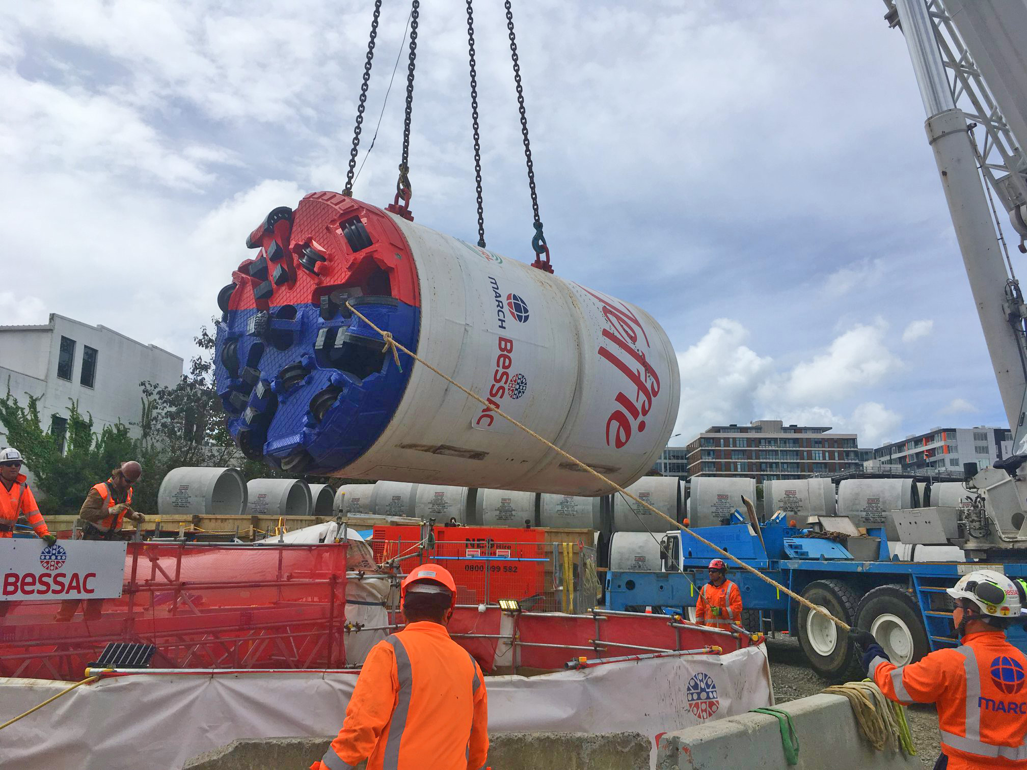 Jeffie being lifted into shaft at Mt Eden, December 2018