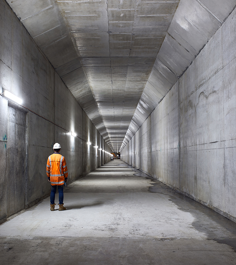 Albert_St-tunnel.jpg
