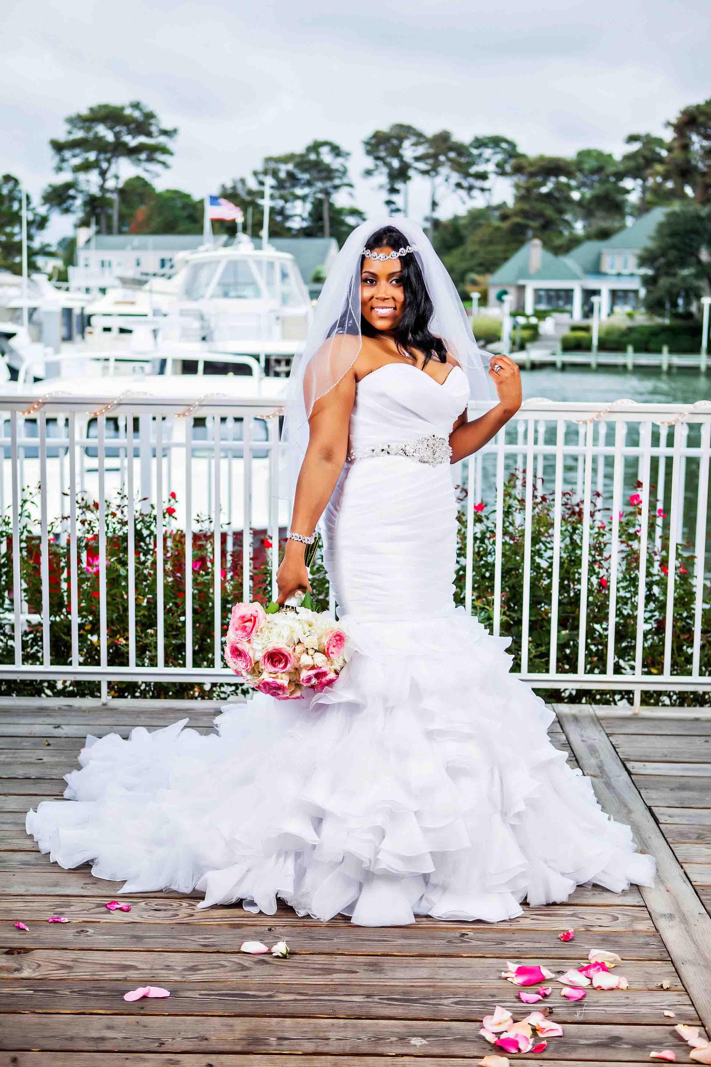 Marina Shores Wedding Photograph Virginia Beach - Kylie And Arlon - by John Cachero for Ross Costanza Photography