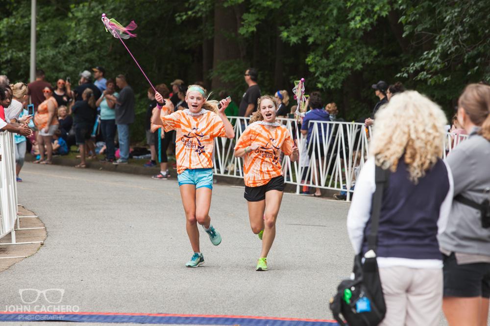 2017 Girls on the Run Hampton Roads Spring 5K event photo by John Cachero Photography