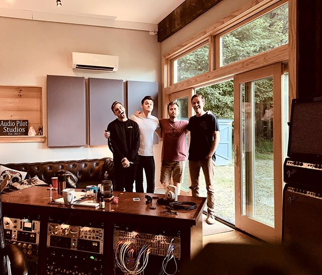 Wrapped up a great record with @weare_exit .... having 3 multi instrumentalists and 3 great singers makes for a damn good session