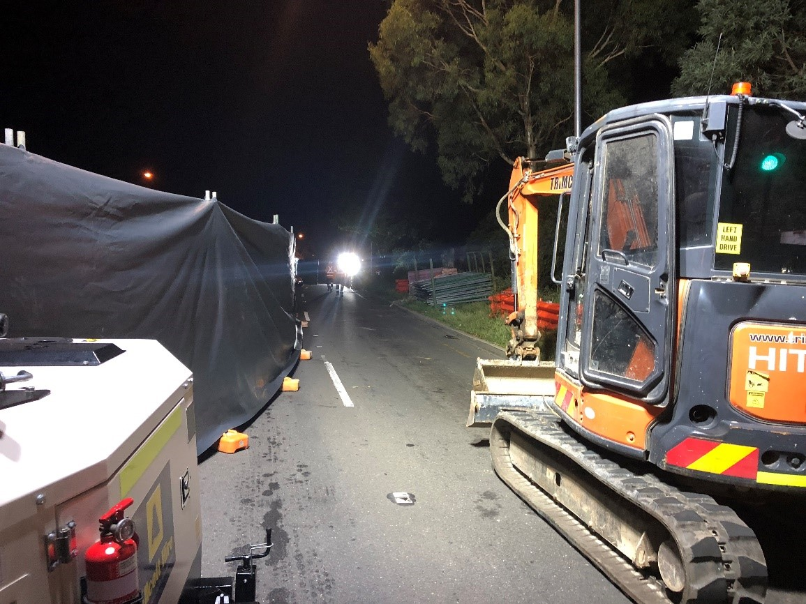 Asbestos removal within the road corridor at night