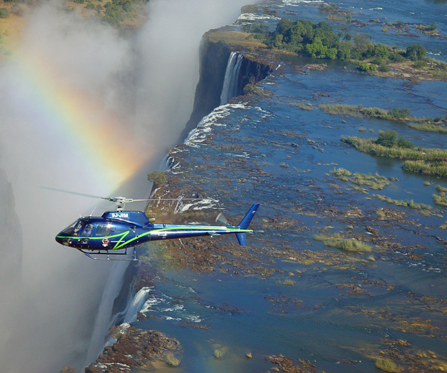 Africa_photographic_safari-Victoria_Falls