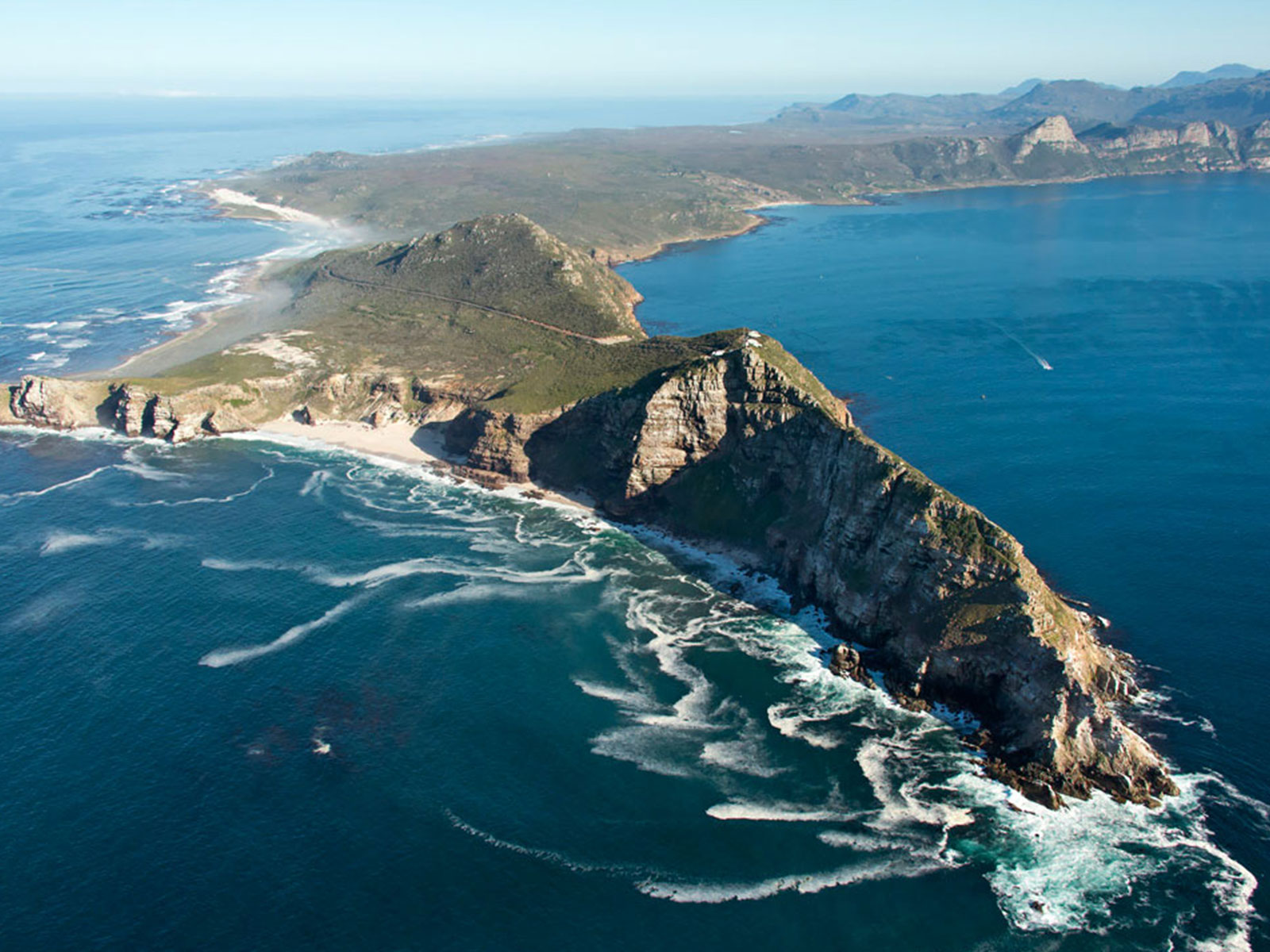 Cape Peninsula & Cape point tour - A must see! Imagine standing on the southern tip of the African continent! The Cape peninsula makes for a spectacular scenic drive along Africa's south western tip.