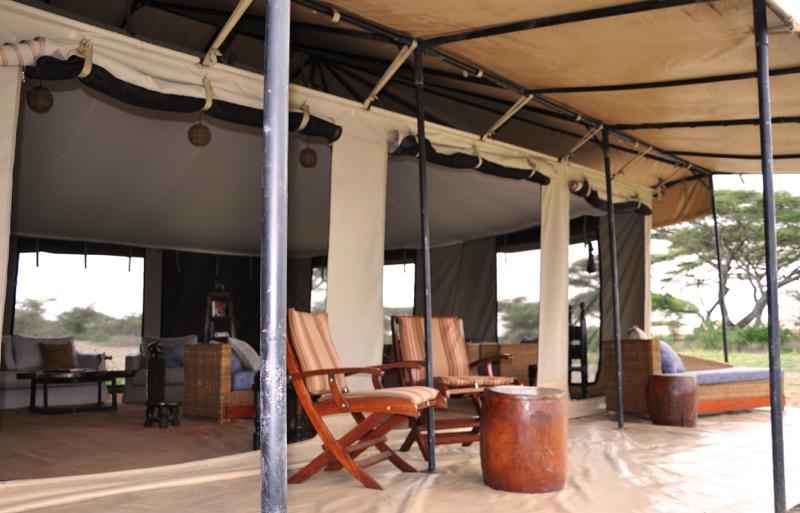serengeti camp7.JPG