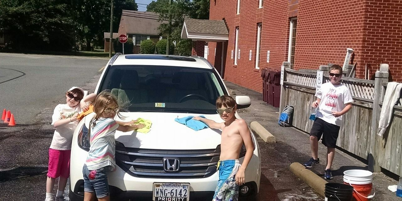 gods kids car wash.JPG