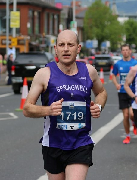 Jimmy Stewart at the Belfast City Marathon (photo Robbie Marsh)