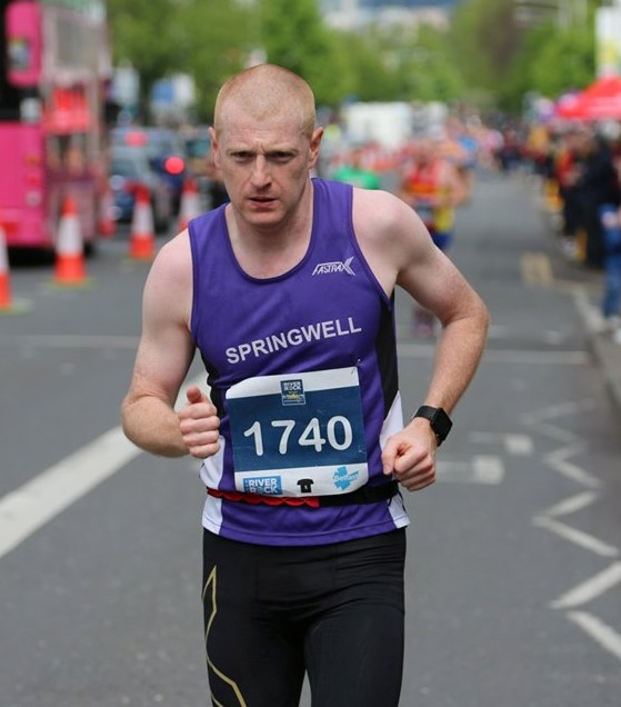 Andy Dowey at the Belfast City Marathon (photo Robbie Marsh)