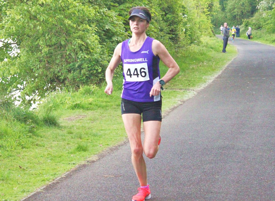 Ciara Toner retains her title at the Wilkies 5 Mile Classic