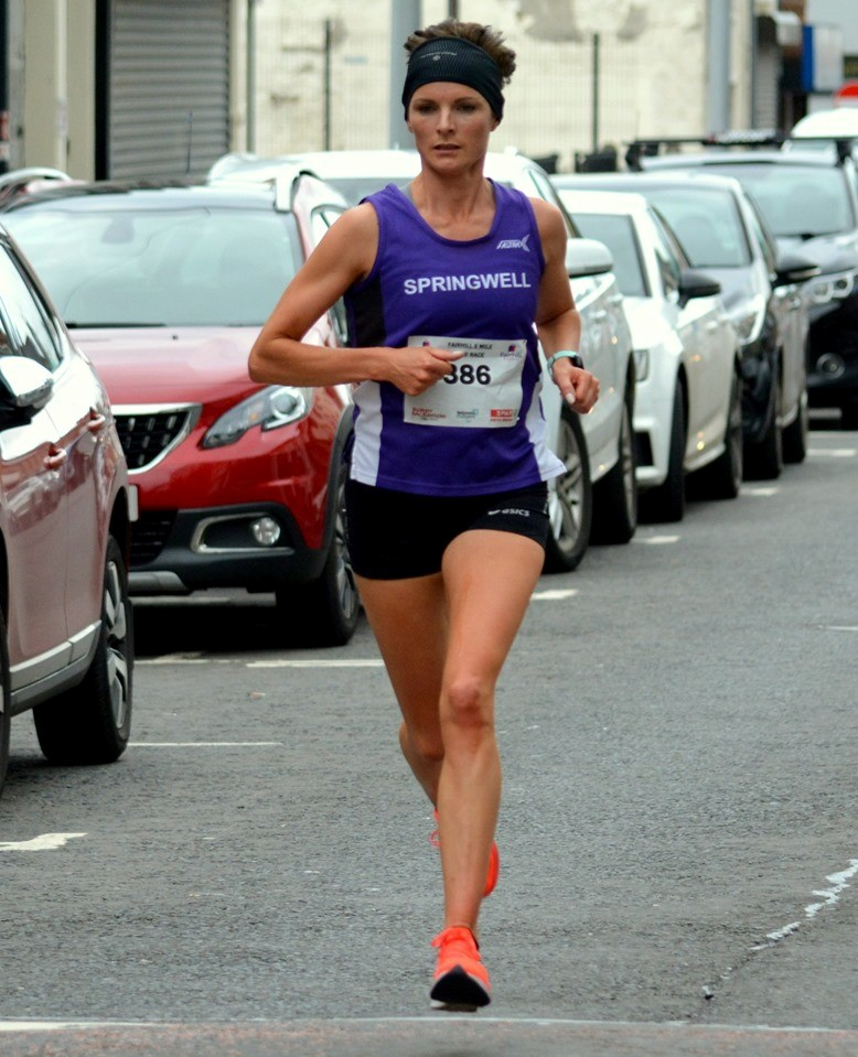 Ciara Toner at the Fairhill 5 Mile Road Race (Photo – Richard McLaughlin)