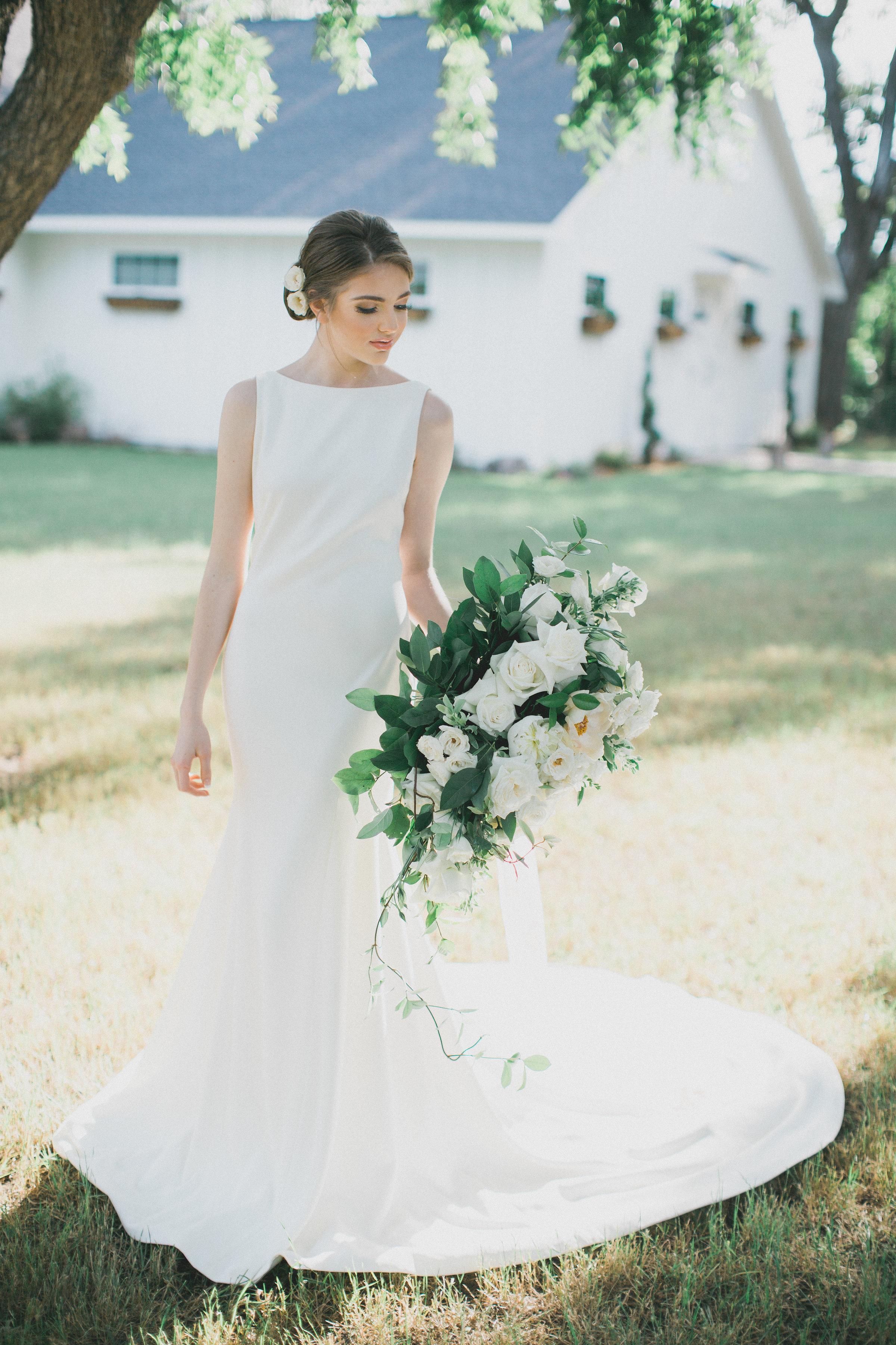 Bridal Portrait Inspiration | Southern Summer White Barn Wedding in Dallas, TX