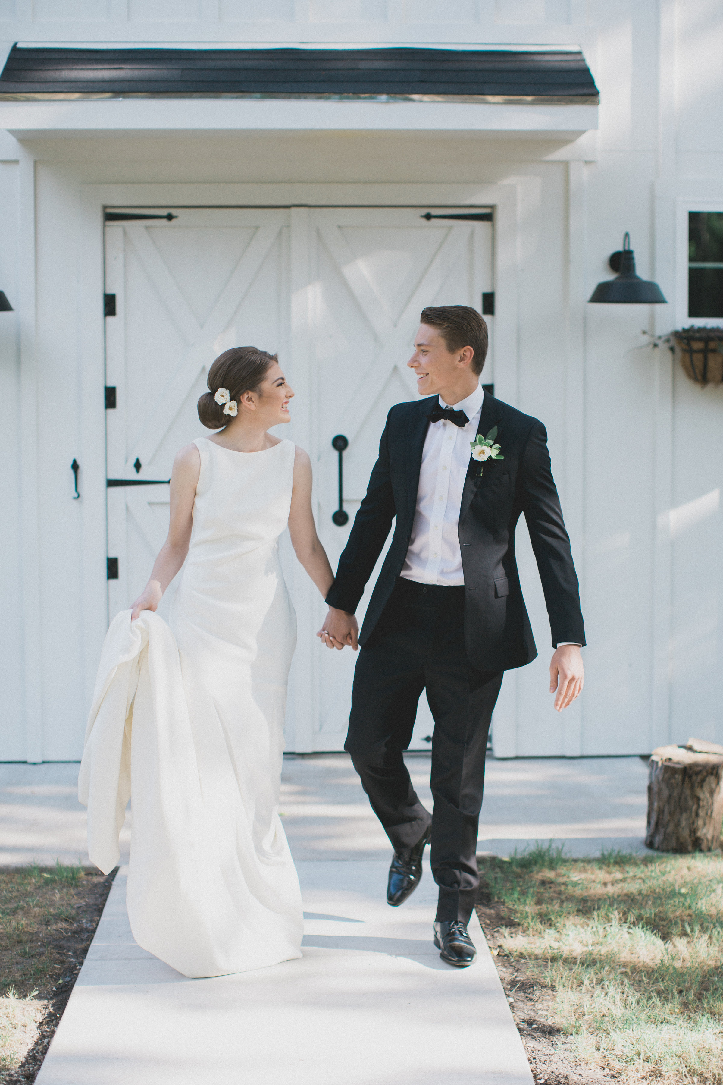 Classic Bride and Groom Wedding Looks | Southern Summer White Barn Wedding in Dallas, TX