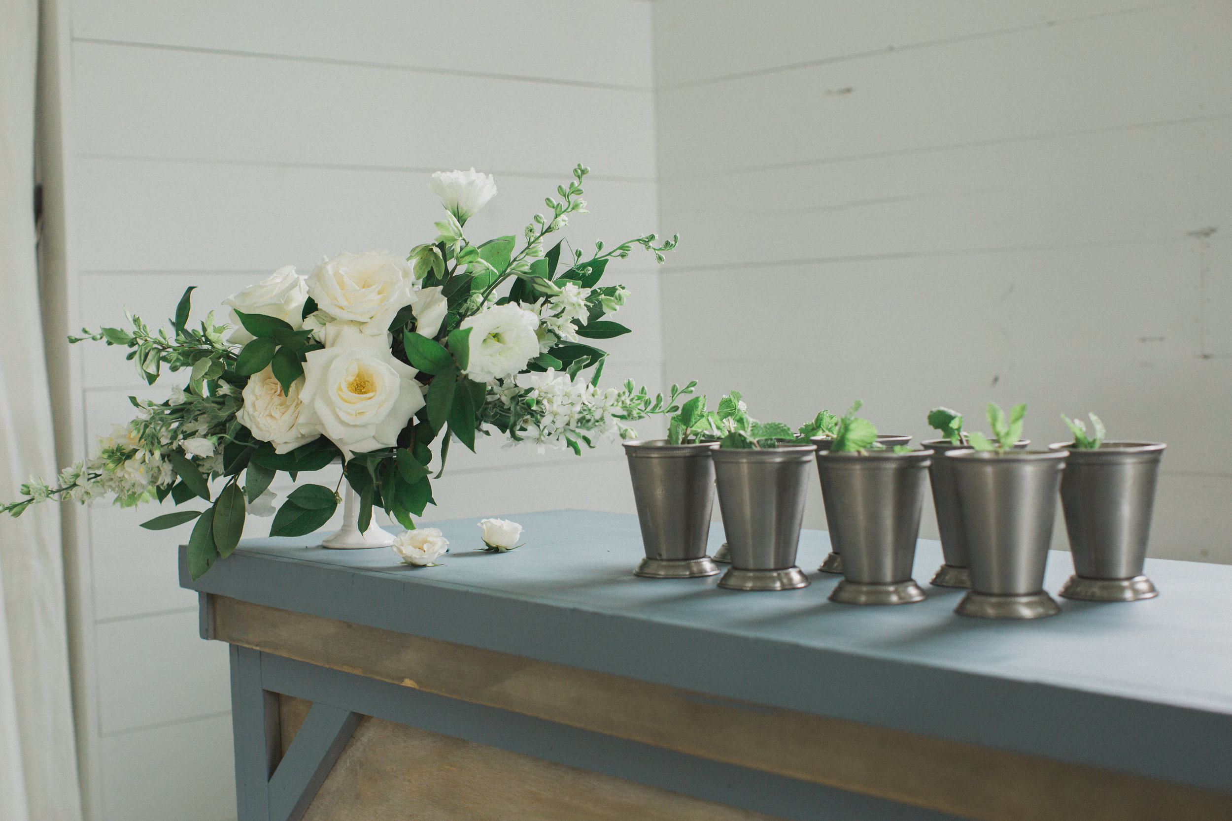 Summer Signature Cocktail Mint Juleps | Southern Summer White Barn Wedding in Dallas, TX